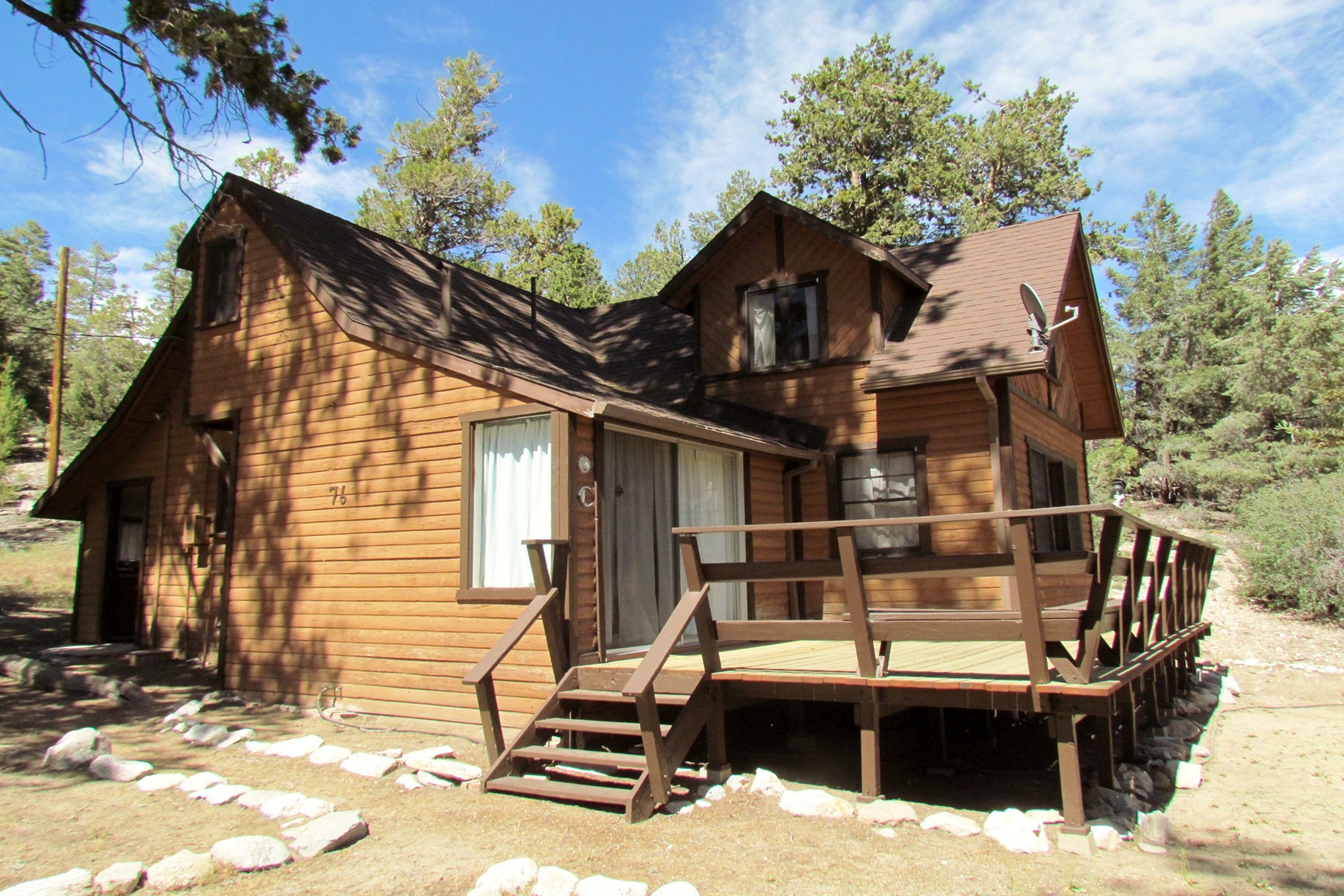 Single Family Home for Sale at 76 Lakeview Tract Fawnskin, California, 92333 United States