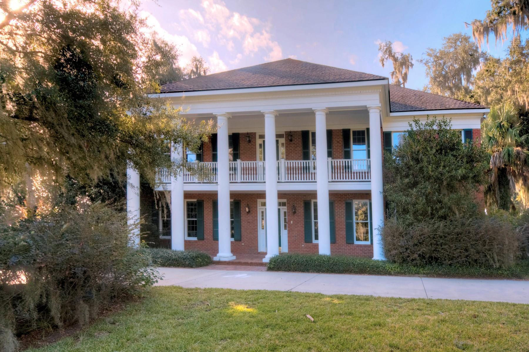 Maison unifamiliale pour l Vente à 112 Riverwalk Drive Brunswick, Georgia 31523 États-Unis