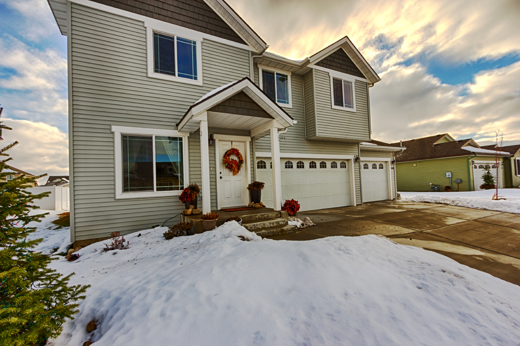 Maison unifamiliale pour l Vente à Large Home in the Landings 4688 Long Meadow Coeur D Alene, Idaho, 83815 États-Unis