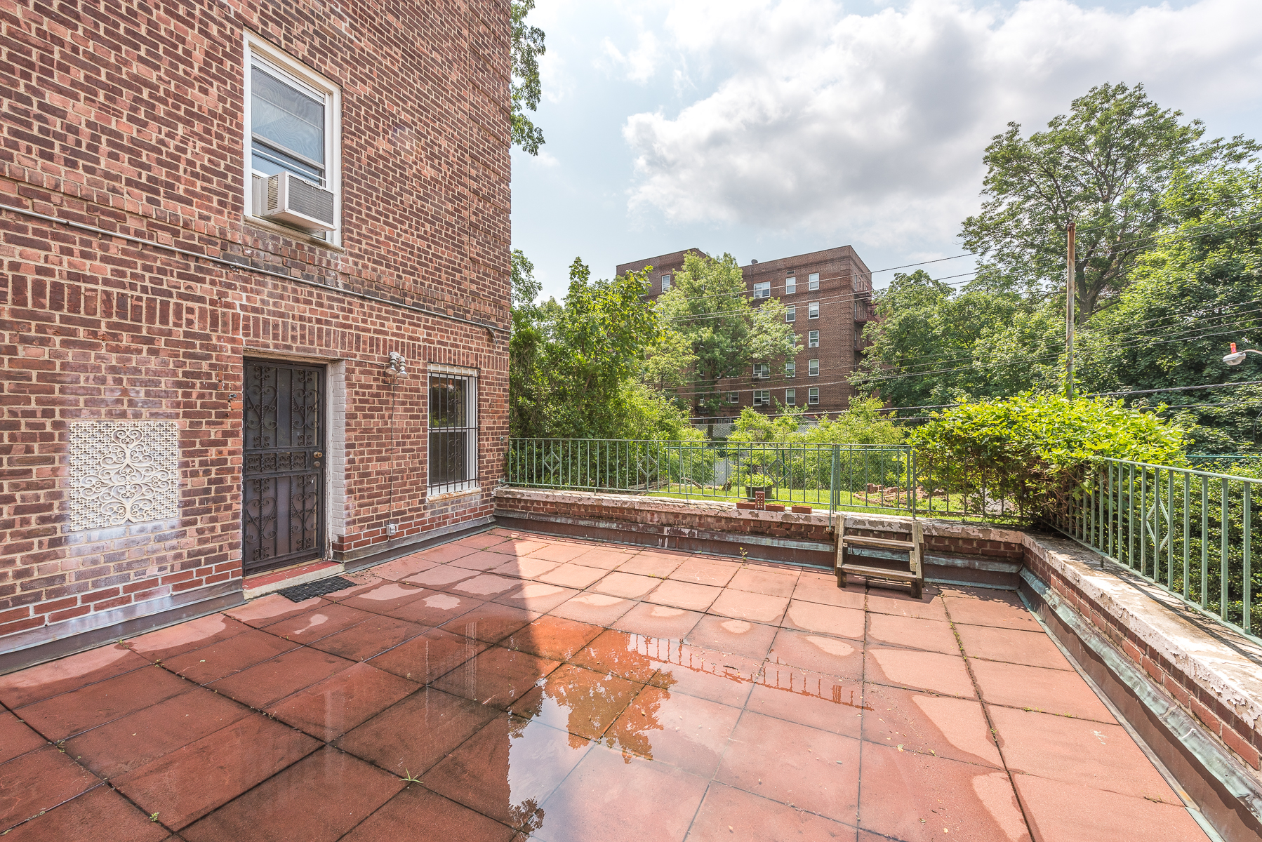 Single Family Home for Sale at Large 1 BR with Huge Terrace 5615 Netherland Avenue 1D Riverdale, New York 10471 United States