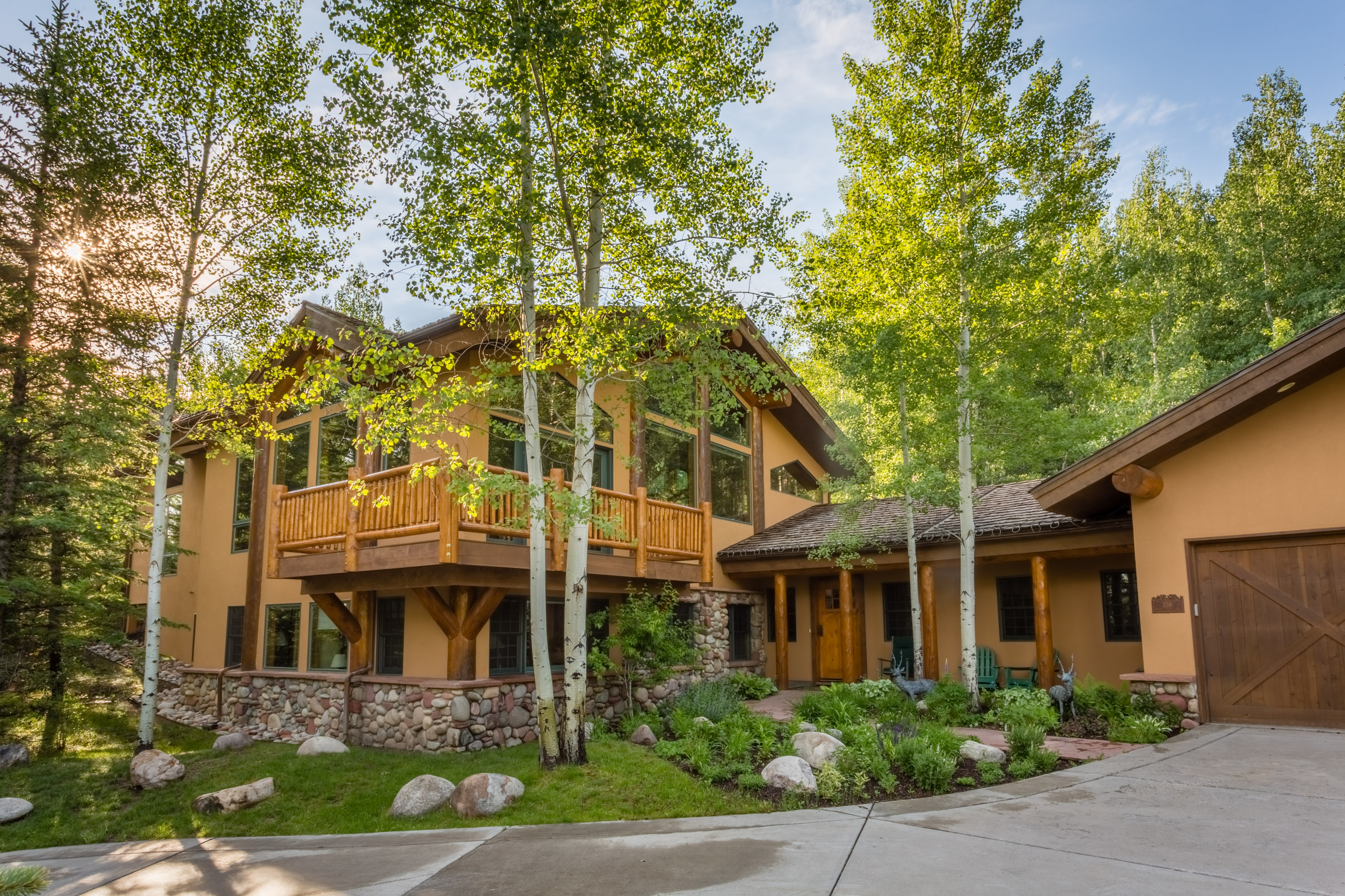 단독 가정 주택 용 매매 에 Warm, Elegant Snowmass Home 358 Maple Ridge Ln Snowmass Village, 콜로라도, 81615 미국
