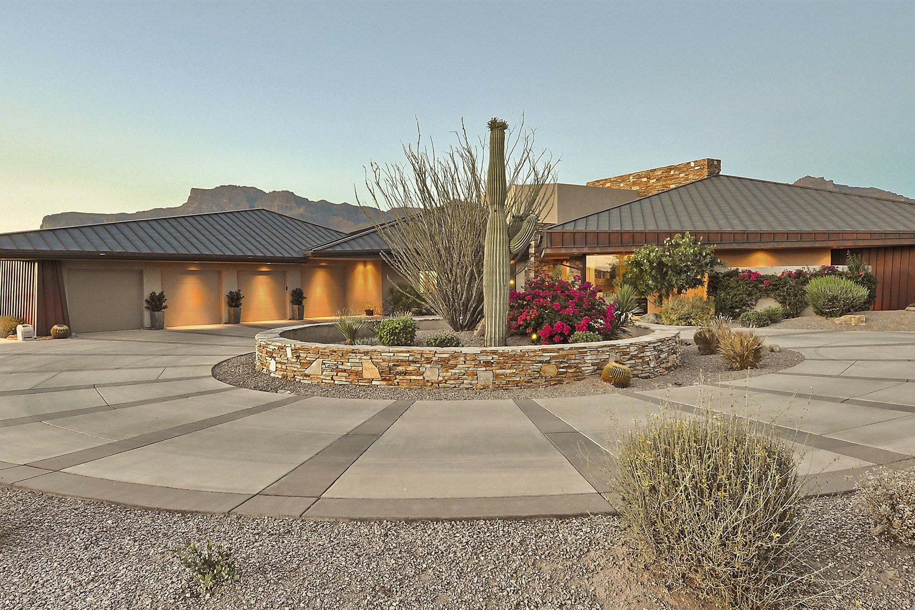 sales property at Luxurious gated private community, Superstition Mountain Golf and Country Club