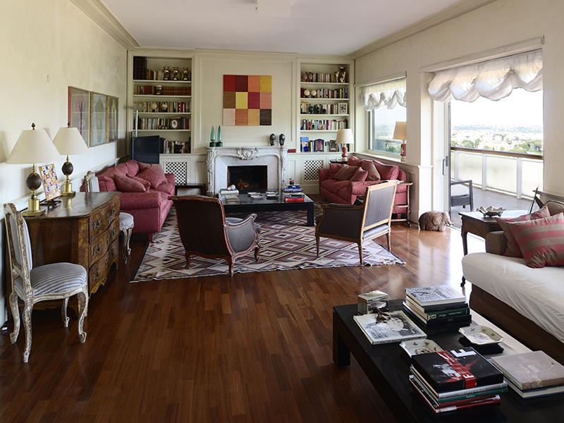 Apartamento para Venda às Elegant panoramic penthouse at the Farnesina Via dei Colli della Farnesina Rome, Roma 00135 Itália