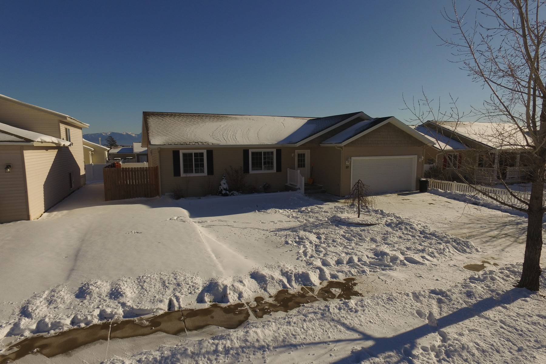 Частный односемейный дом для того Продажа на Ashley Drive Home 717 ASHLEY Dr Kalispell, Монтана 59901 Соединенные Штаты