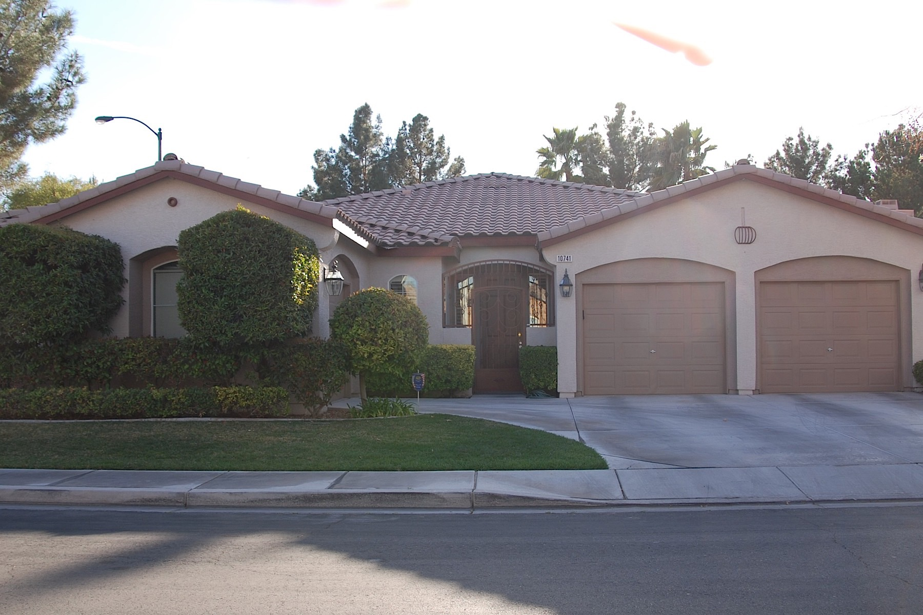 Single Family Home for Sale at 10741 Del Rudini St Las Vegas, Nevada, 89141 United States