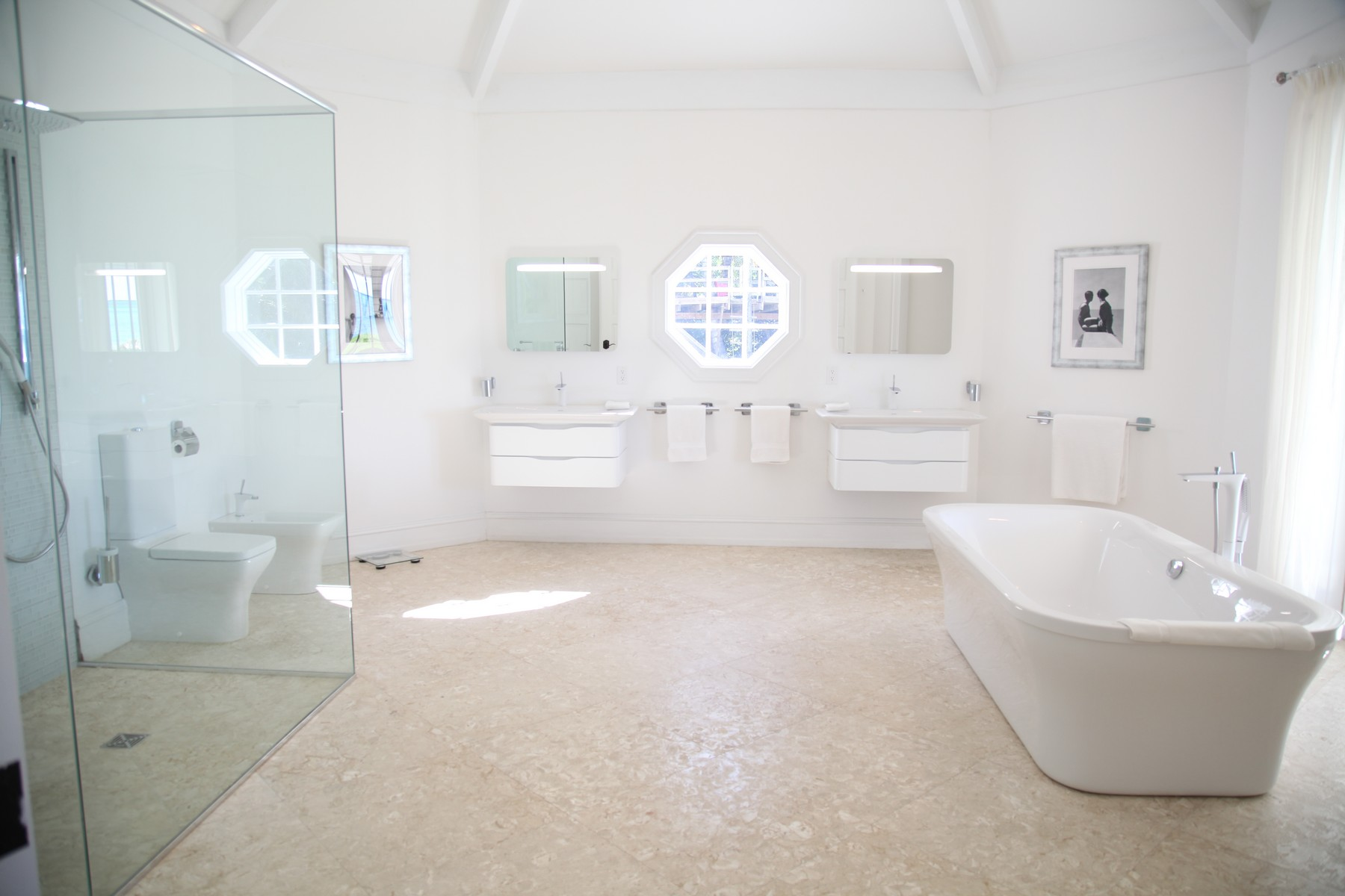 Additional photo for property listing at Orchid House Lyford Cay, New Providence/Nassau Bahamas