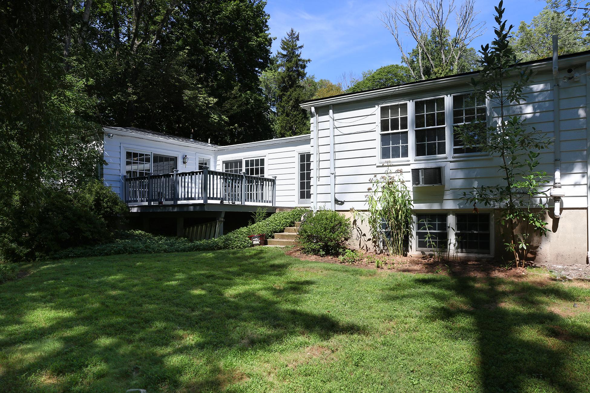 Частный односемейный дом для того Продажа на Low Impact Design, High Style 106 Winant Road Princeton, Нью-Джерси, 08540 Соединенные Штаты