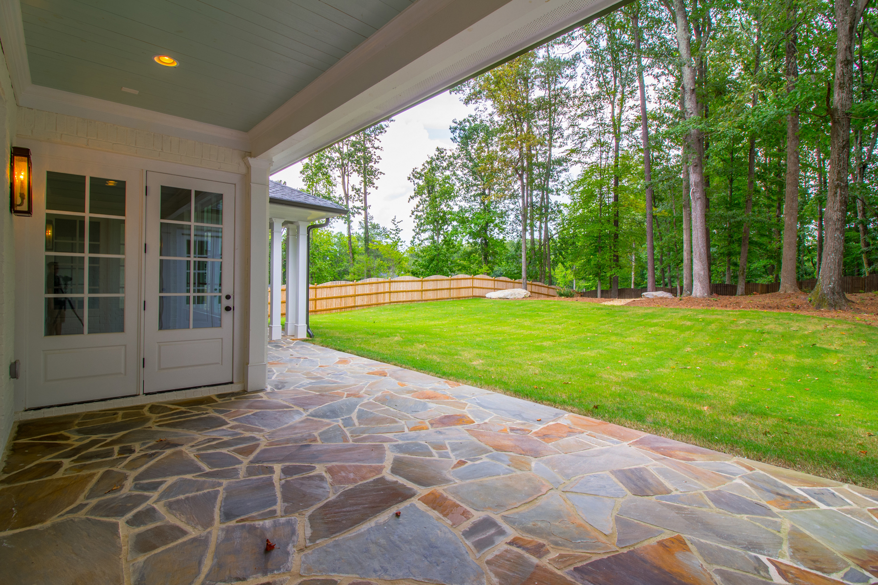 Additional photo for property listing at Exceptional New Home In Buckhead With Walk-Out Backyard 1124 Dawn View Lane NW Atlanta, 조지아 30327 미국
