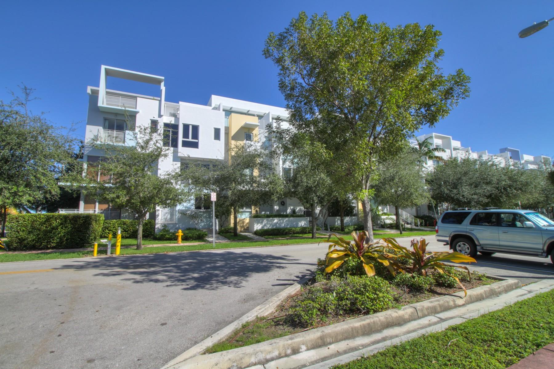 Maison de ville pour l Vente à 193 N Shore Dr #193-5 Miami Beach, Florida 33141 États-Unis