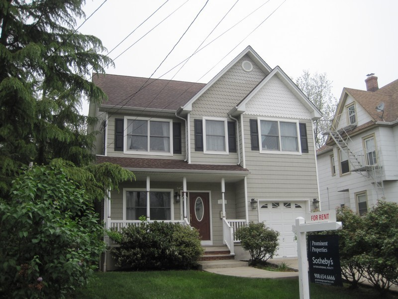 sales property at Newer Colonial
