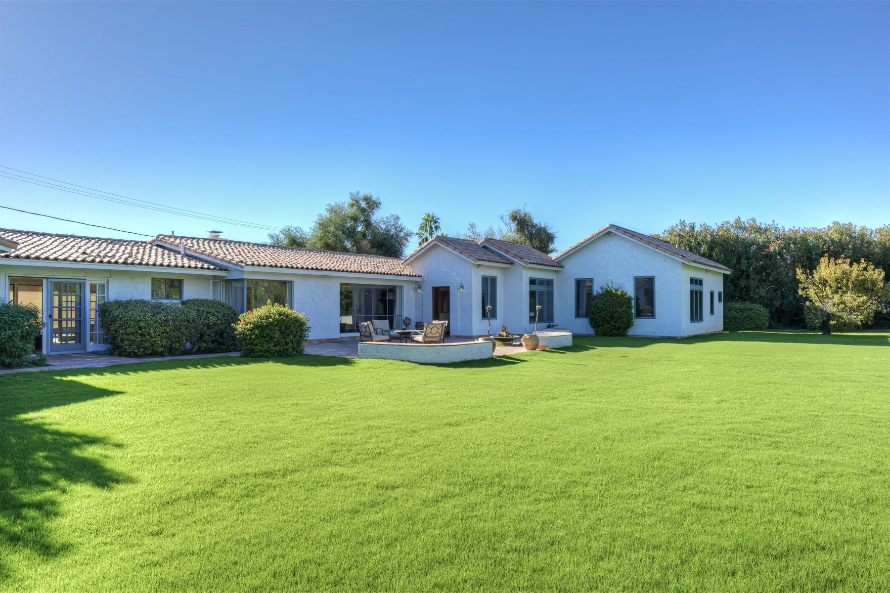 Single Family Home for Sale at Charming and expansive Arcadia home 4737 E Exeter Blvd Phoenix, Arizona 85018 United States