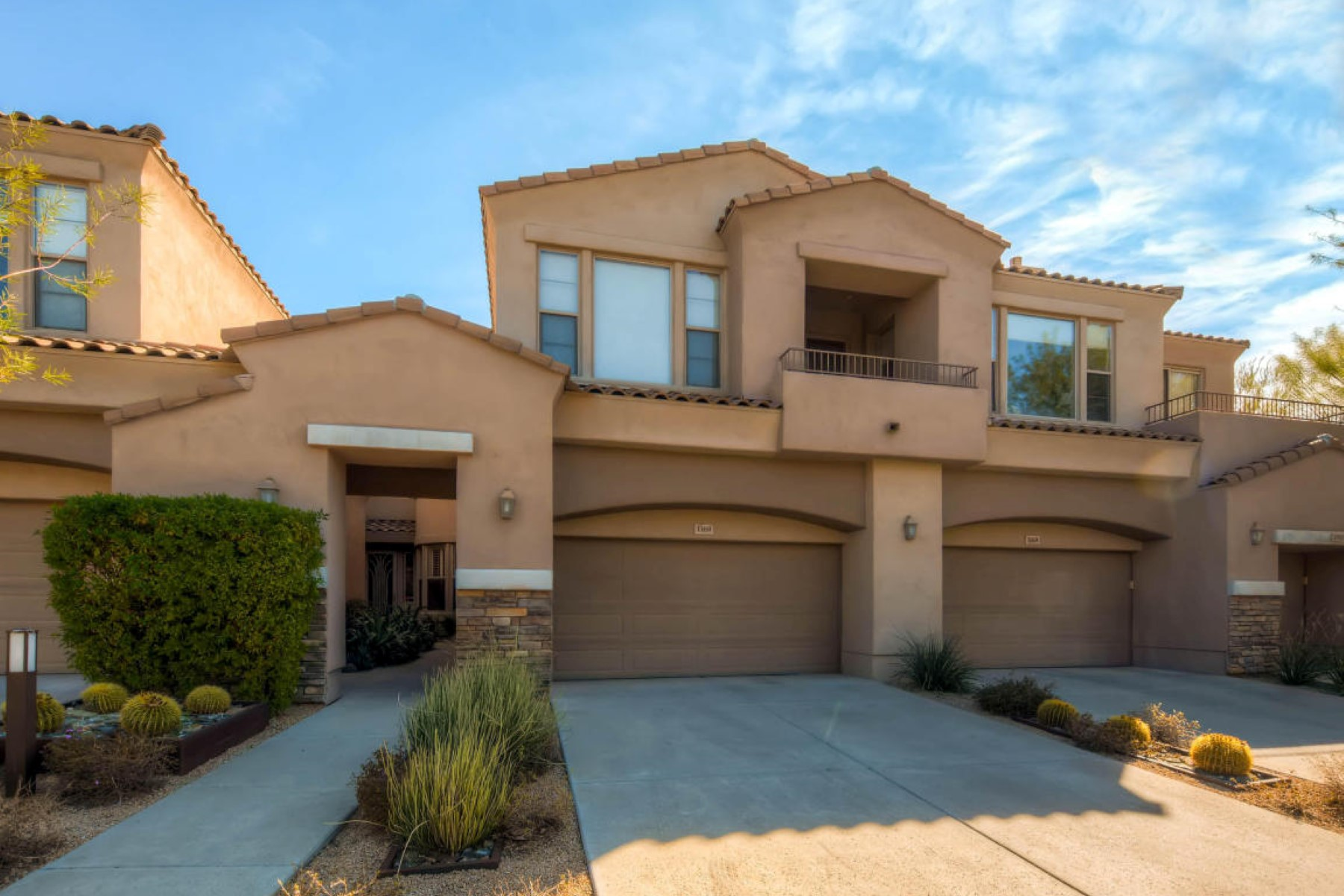 Townhouse for Sale at 1st level townhome with a lovely setting 19475 N Grayhaw Dr #1169 Scottsdale, Arizona 85255 United States