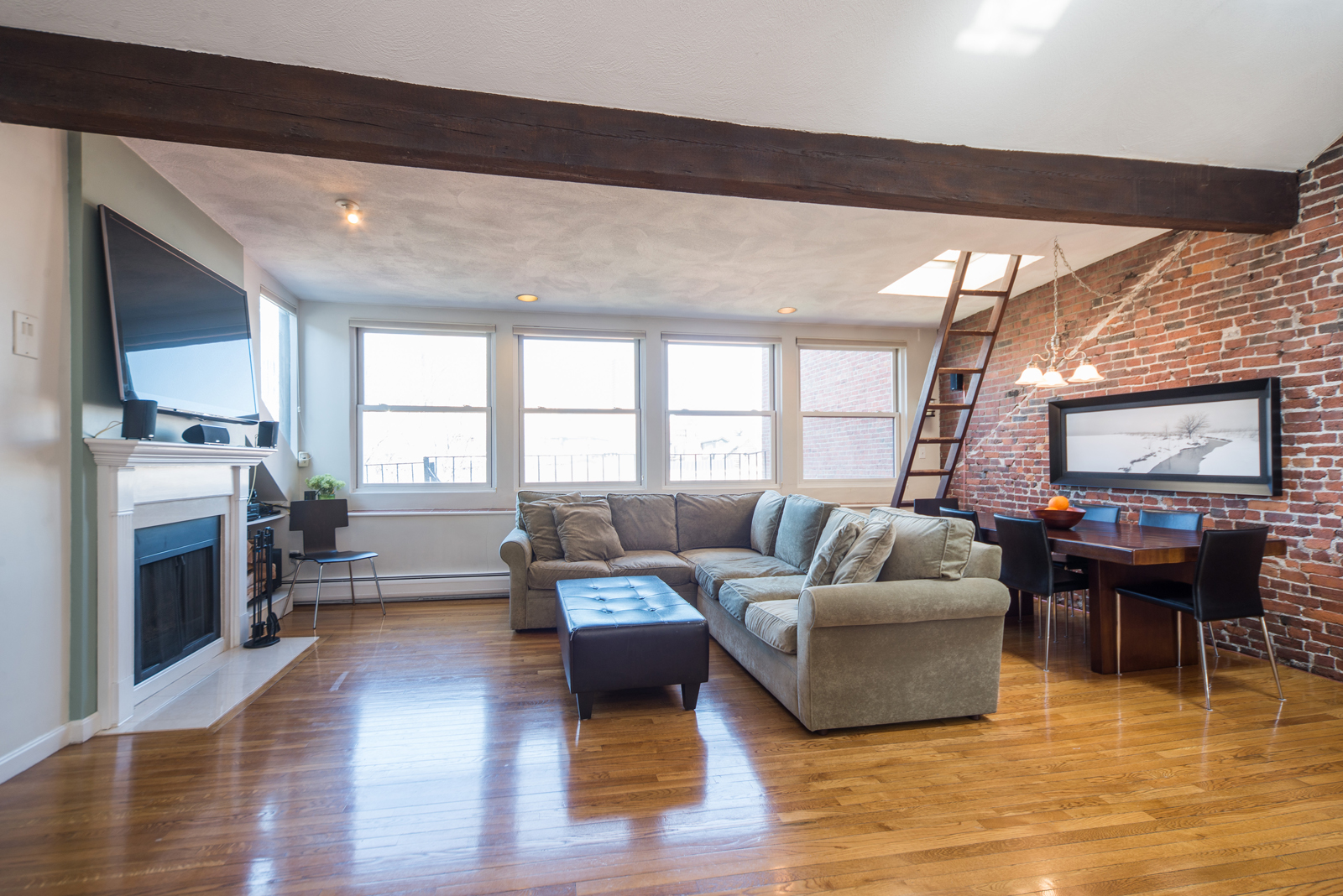 Condominium for Sale at Stunning Two Bedroom Penthouse 609 Tremont Street Unit 4 South End, Boston, Massachusetts, 02118 United States