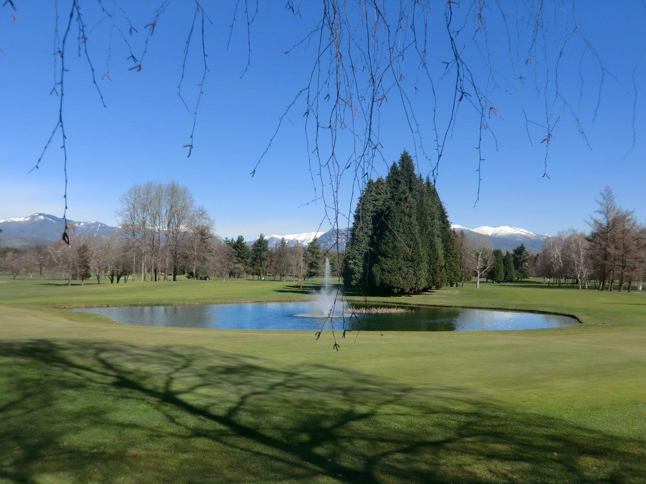 Additional photo for property listing at Multi level apartament inside Monticello golf club Via Volta Monticello, Como 22070 Italie