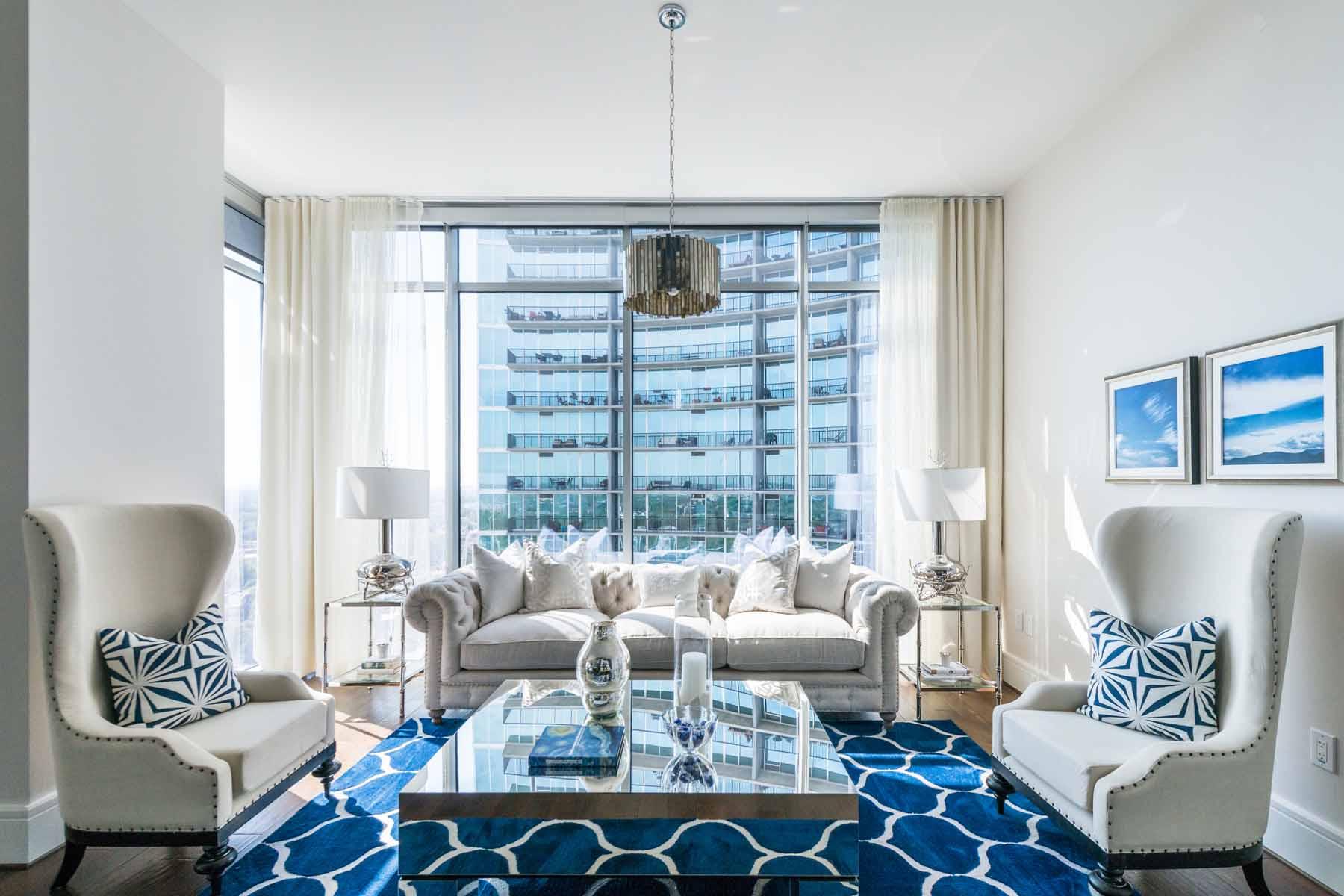 Nhà chung cư vì Bán tại Penthouse Three Bedroom Condo in Hip Midtown 1065 Peachtree Street NE No. 3702 Atlanta, Georgia, 30309 Hoa Kỳ
