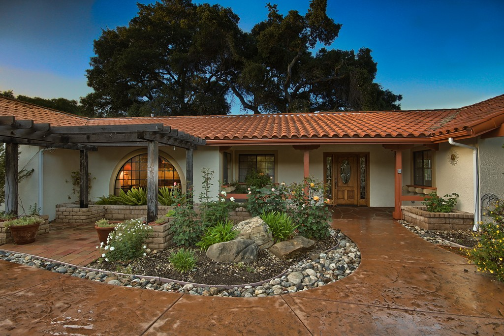sales property at Santa Cruz - Atascadero