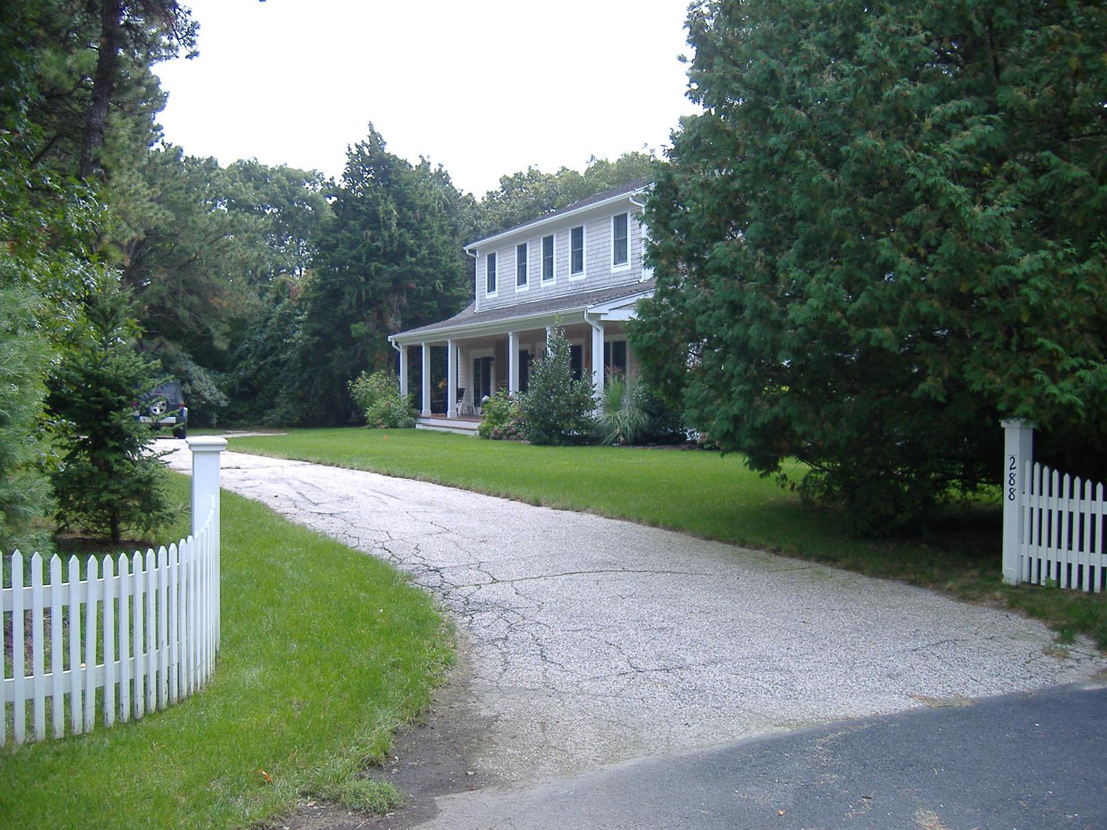 Maison unifamiliale pour l Vente à GREAT FAMILY HOME 288 Shore Drive New Seabury, Massachusetts, 02649 États-UnisDans/Autour: Mashpee