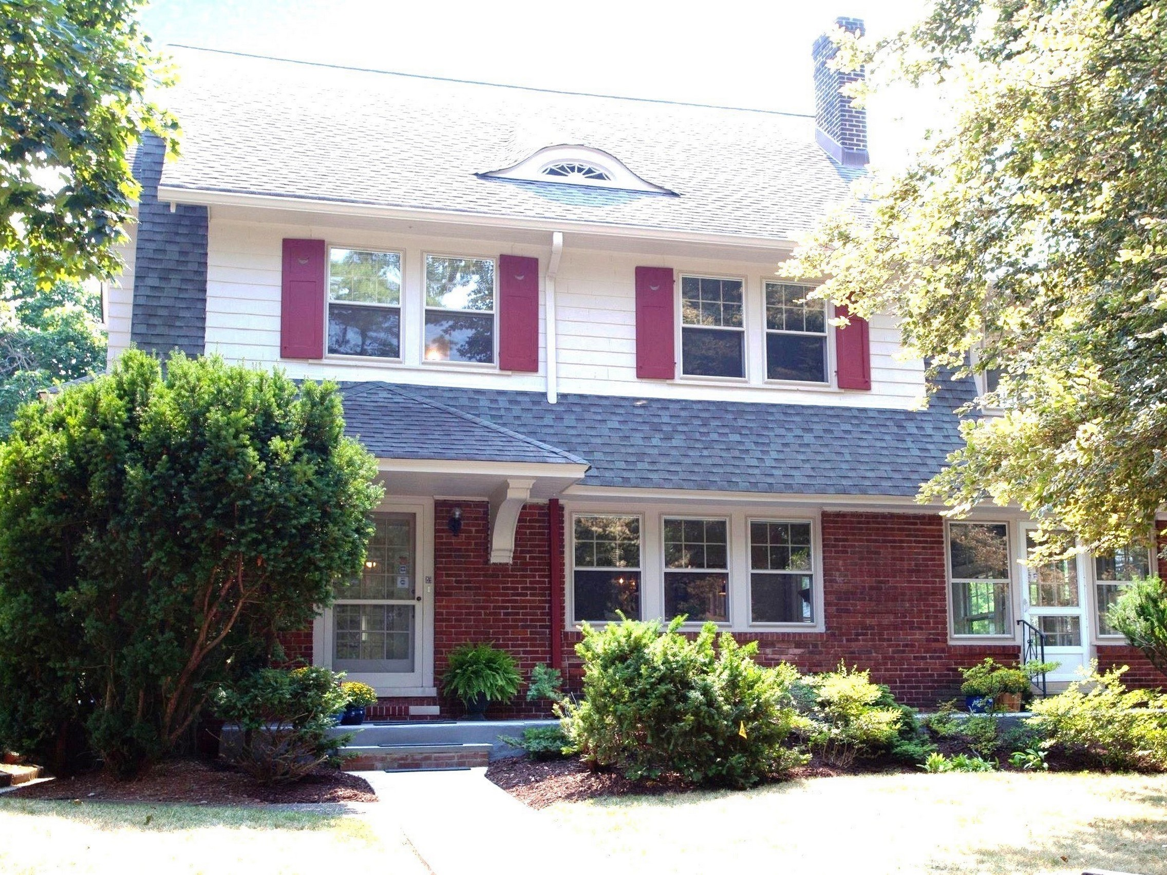 Property For Sale at Gracious Side Hall Colonial