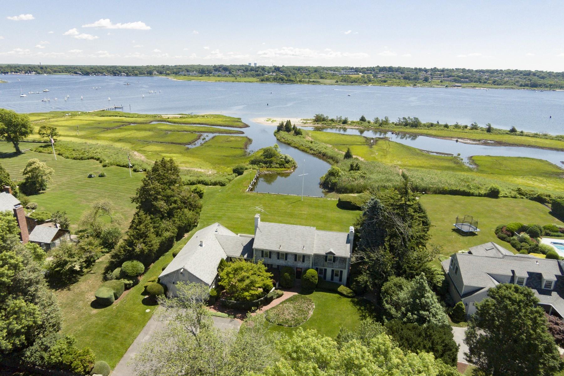 Maison unifamiliale pour l Vente à 20 Stone Tower Lane 20 Stone Tower Ln Barrington, Rhode Island 02806 États-Unis