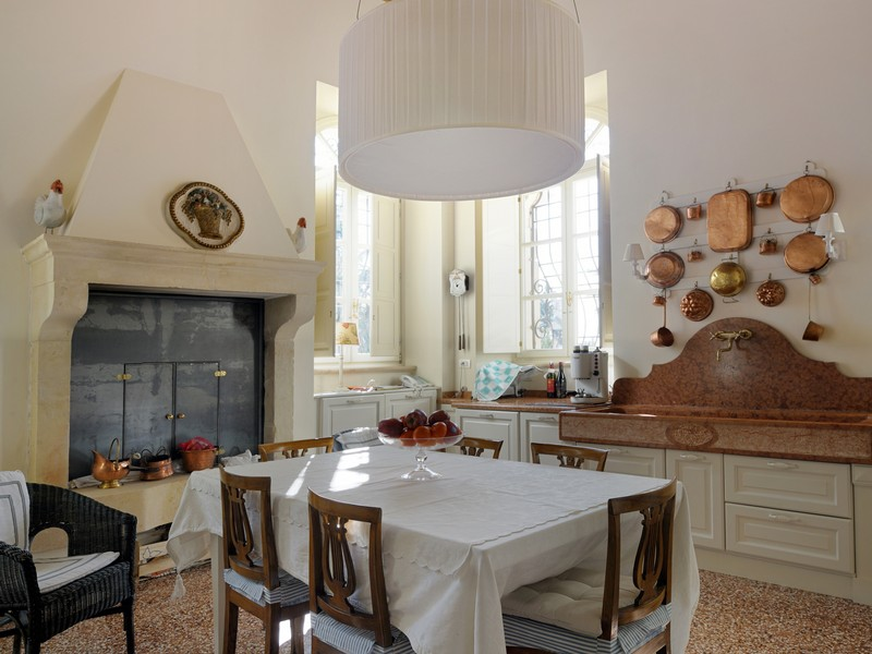 Additional photo for property listing at Prestigious villa in the heart of Valpolicella  Verona, Verona 37020 Italy