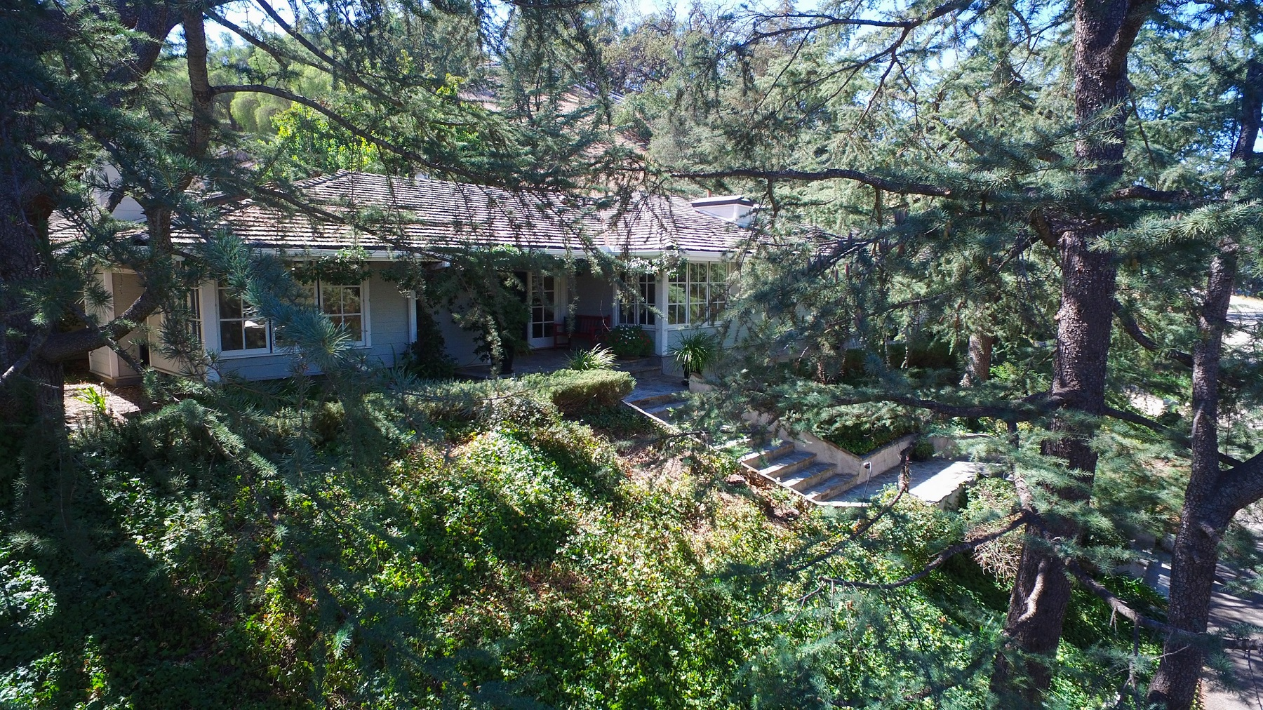 Single Family Home for Sale at 5203 Saddle Creek Rd. Hidden Hills, California, 91302 United States