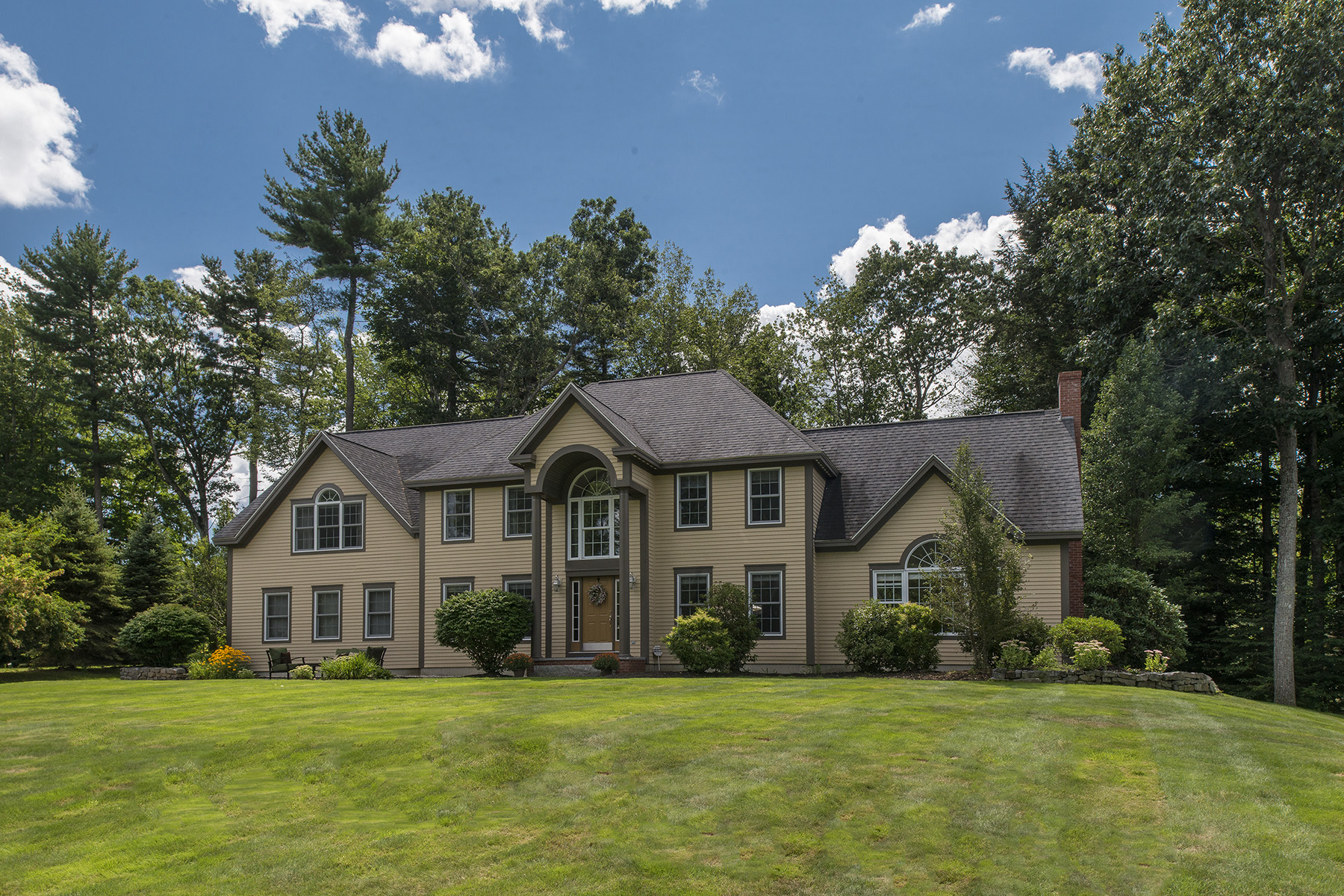 Single Family Home for Sale at 30 Surrey Lane Falmouth, Maine 04105 United States