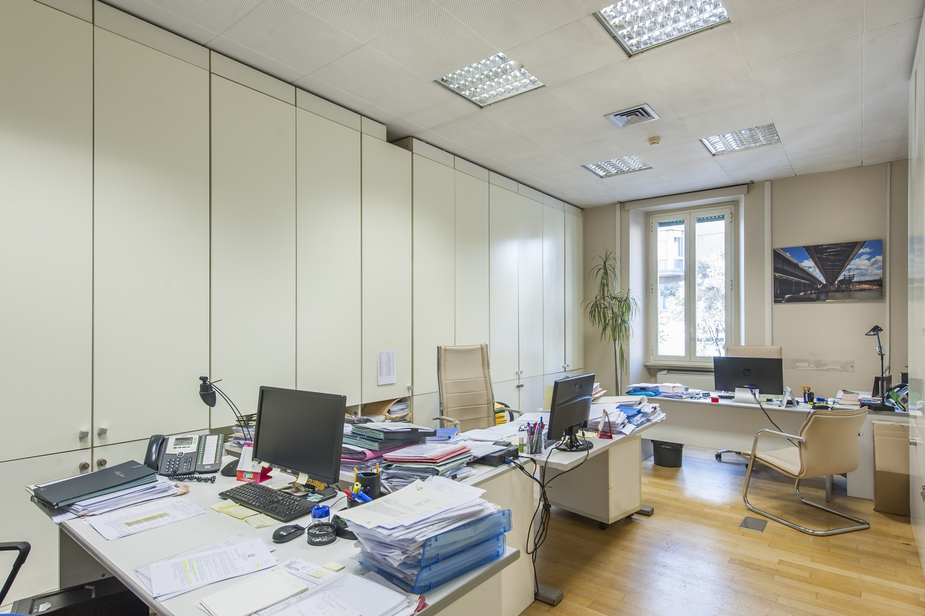 Additional photo for property listing at Executive Offices in the Parioli neighbourhood Via Antonio Stoppani Rome, Roma 00197 Italia
