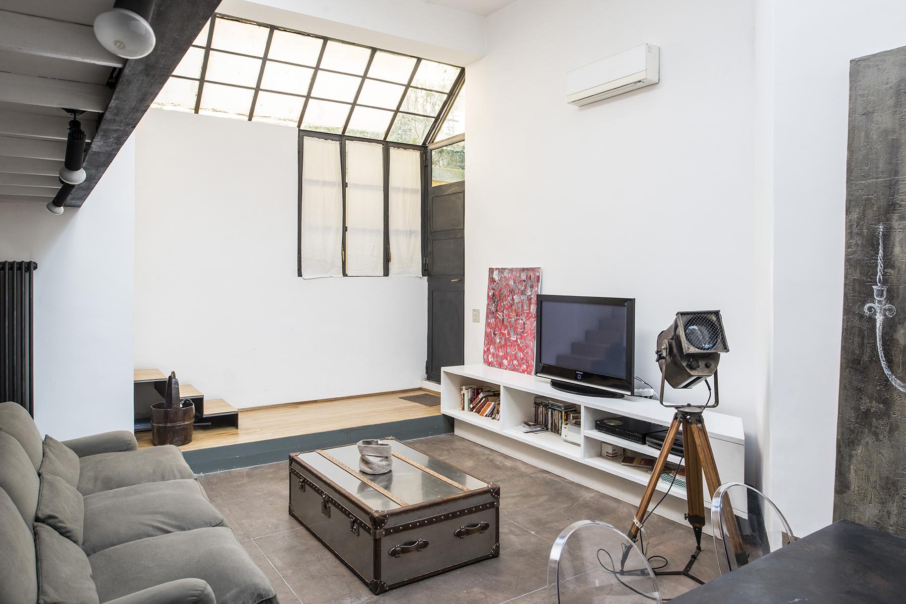 Apartamento por un Venta en Charming Loft in Via Margutta Rome, Roma 00187 Italia