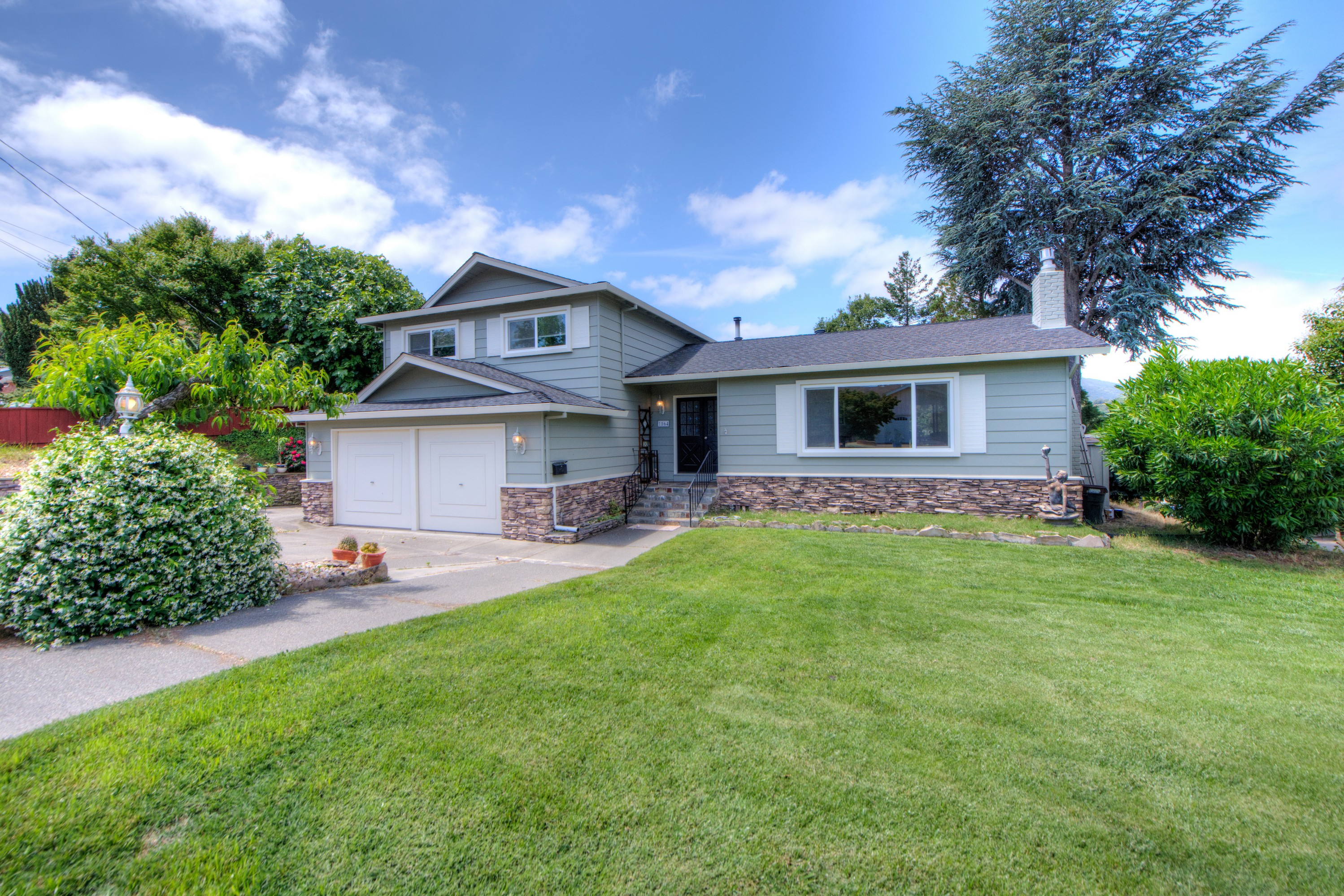 Single Family Home for Sale at Sutter Hills Neighborhood with Views 1164 Midway Court Novato, California, 94947 United States