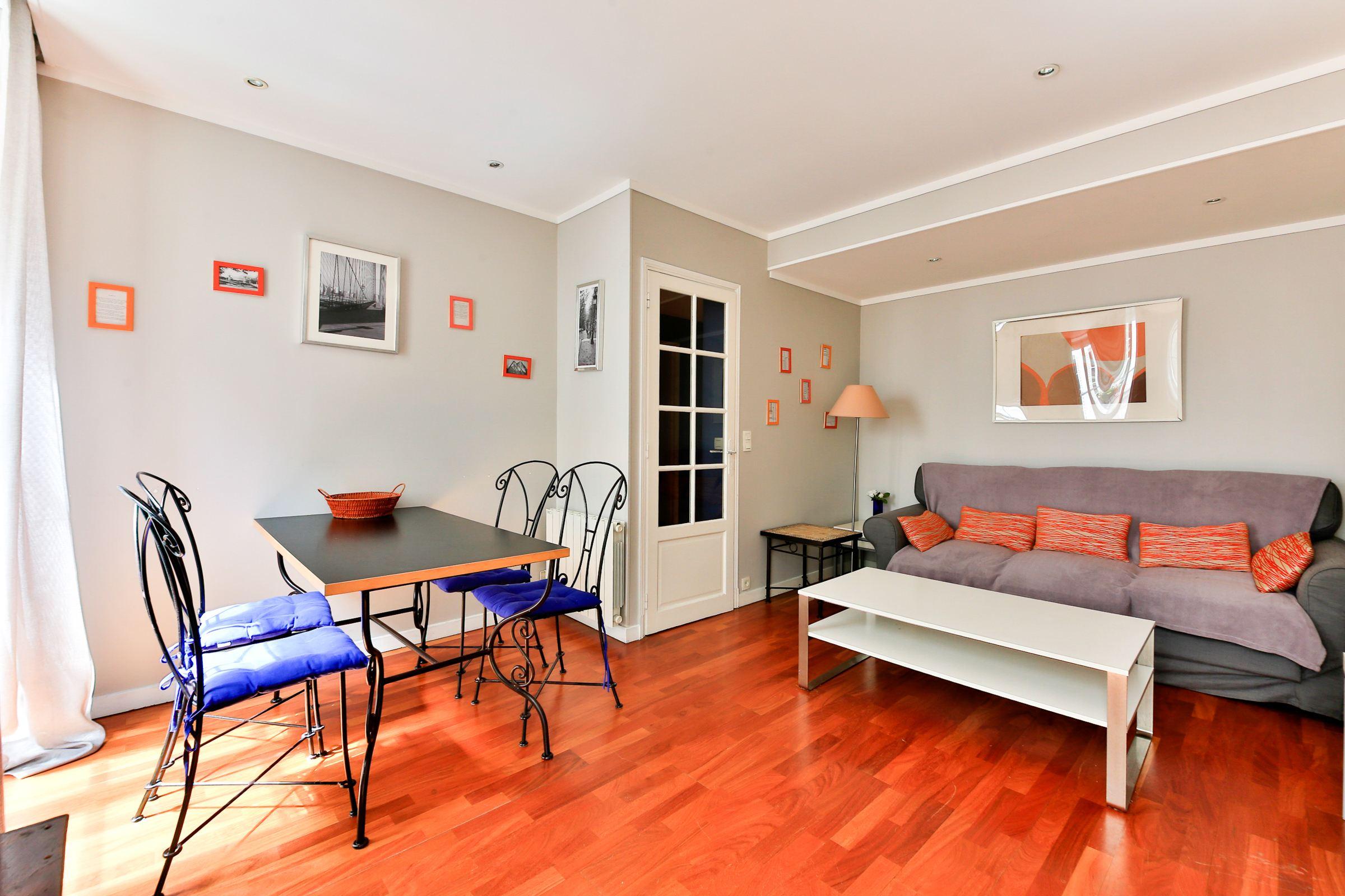 アパート のために 売買 アット Apartment - Vaneau - Babylone Paris, パリ 75007 フランス