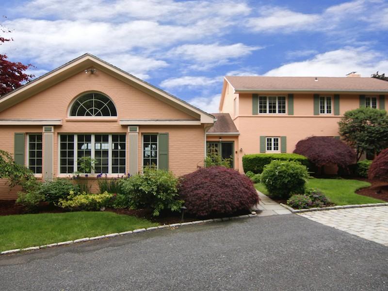 一戸建て のために 売買 アット 136 Beacon Avenue Warwick, ロードアイランド 02889 アメリカ合衆国