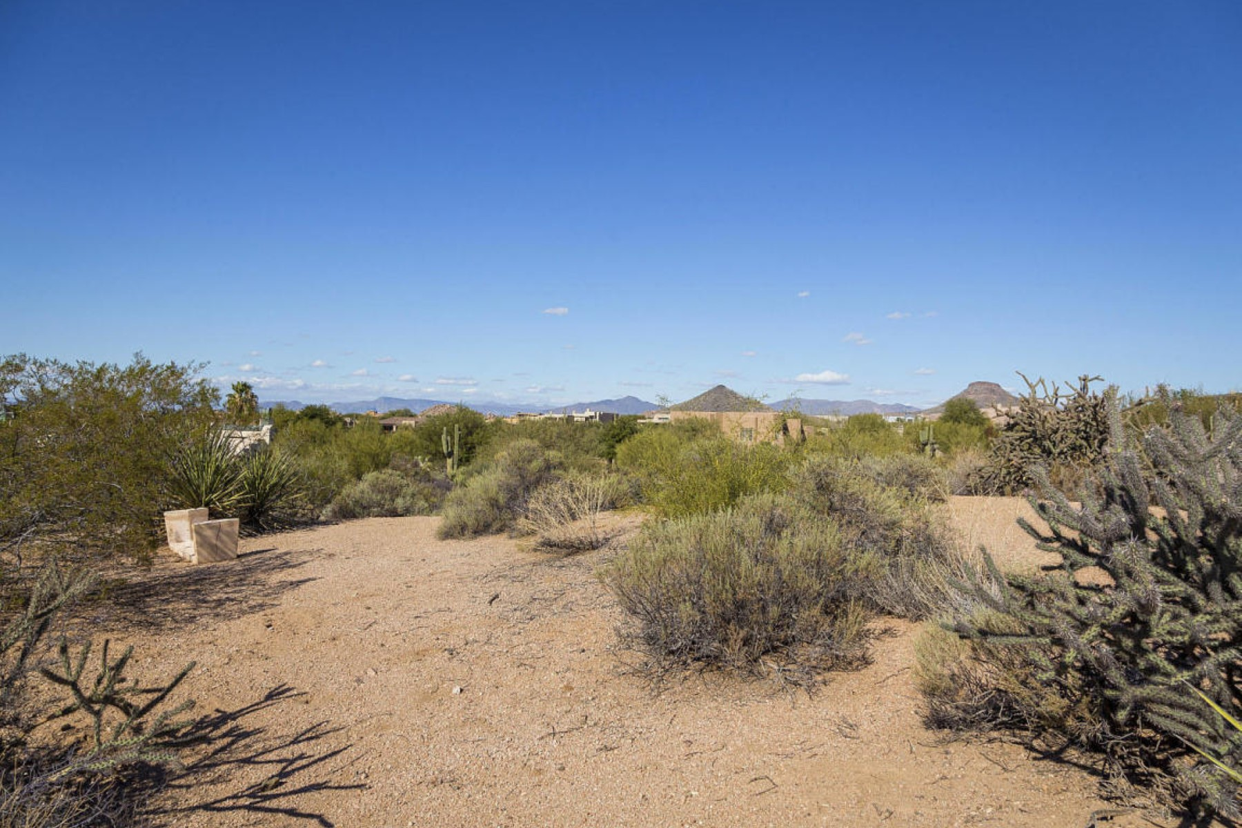 Terreno para Venda às Candlewood homesite on .66 acre lot offering view corridors of mountains 28932 N 106th Way #40 Scottsdale, Arizona, 85262 Estados Unidos