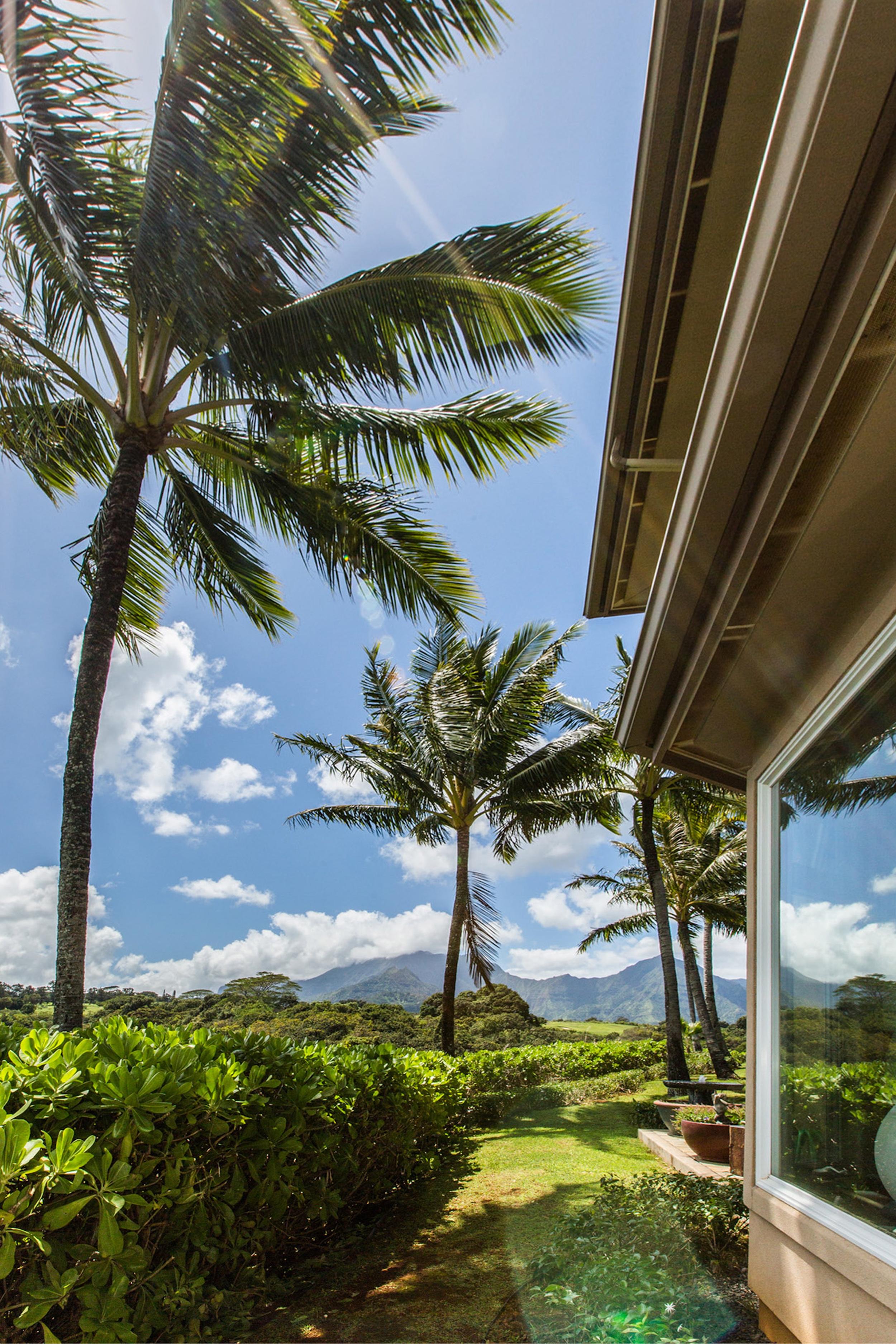Кондоминиум для того Продажа на Ka'iulania of Princeville 4100 Queen Emma Dr. #15 Princeville, Гавайи, 96754 Соединенные Штаты