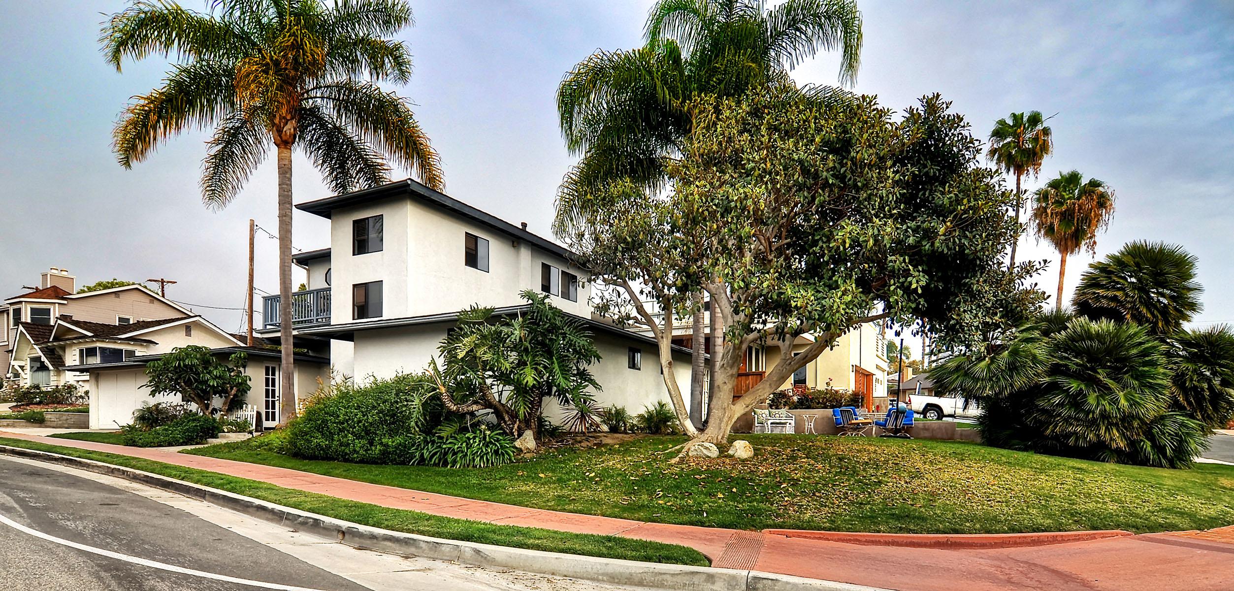 Single Family Home for Sale at San Clemente 237 W. Avenida Valencia San Clemente, California 92672 United States