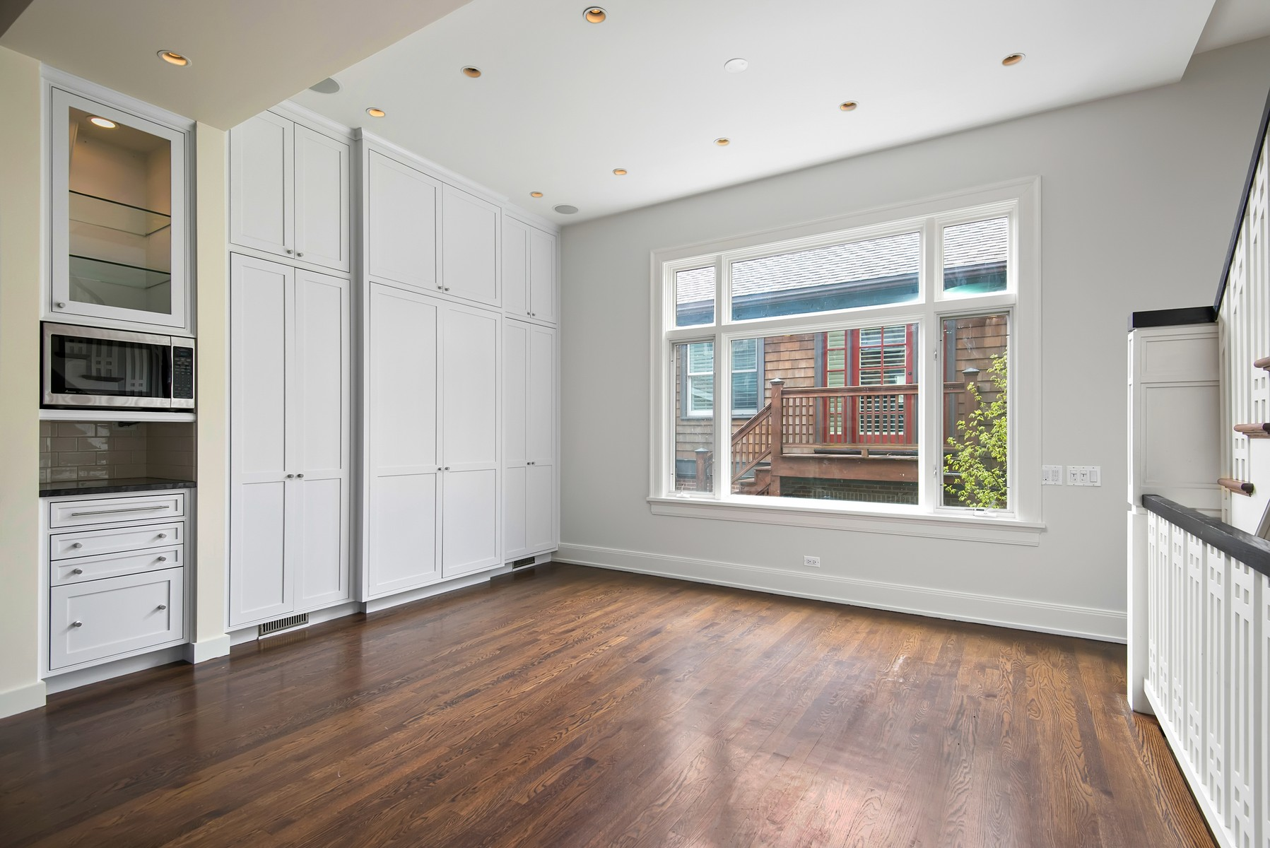 Additional photo for property listing at Gracious One-of-a-Kind Home 1125 W Montana Street Chicago, Illinois 60614 United States