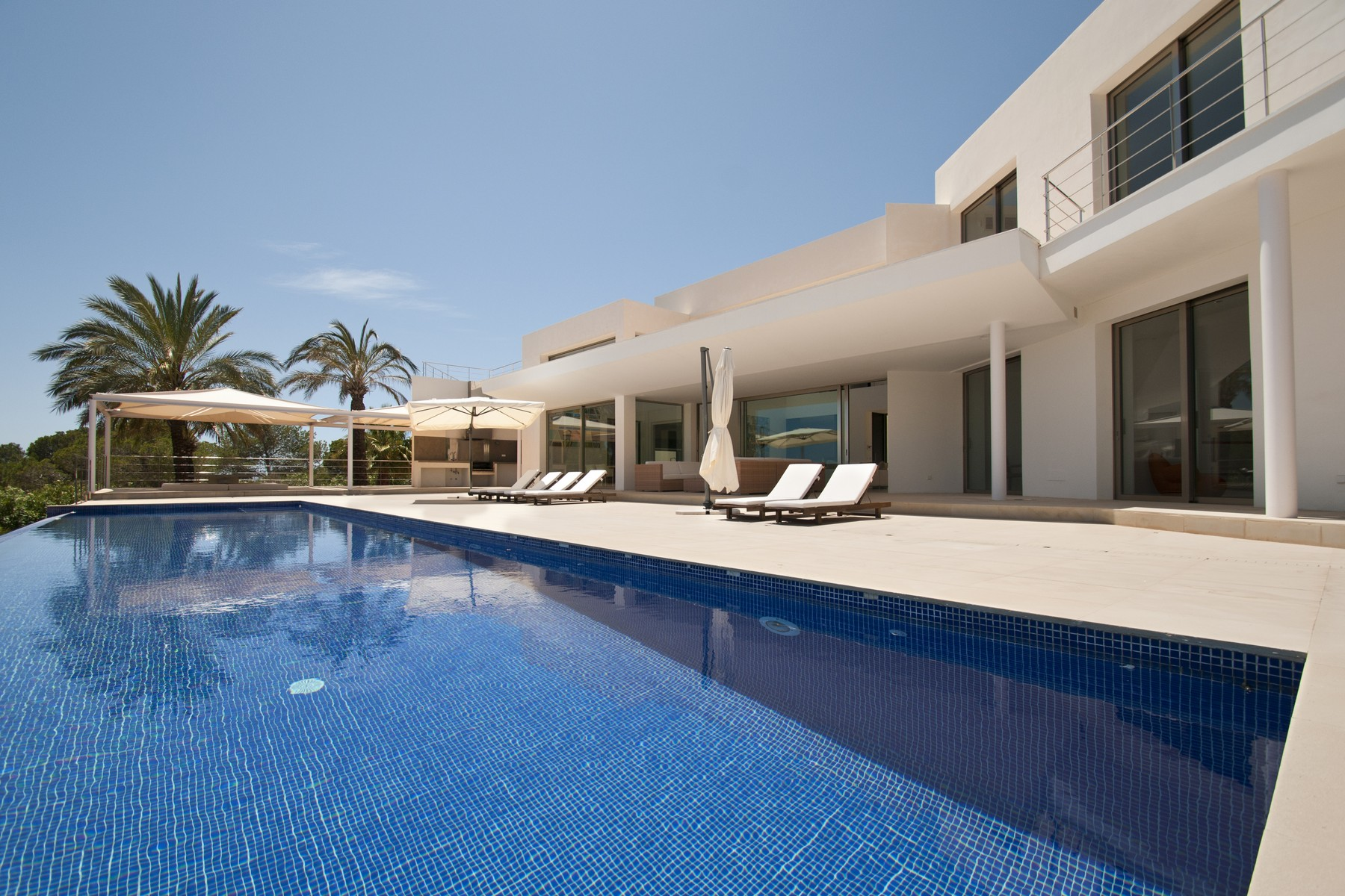 sales property at Impressive Villa With Fabulous sea Views