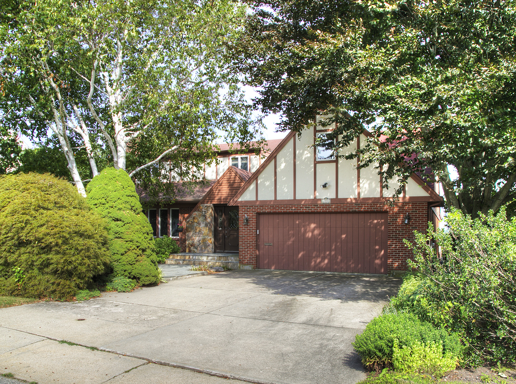 Additional photo for property listing at Easton's Pond Views 30 Friends Drive Newport, Rhode Island 02840 Estados Unidos