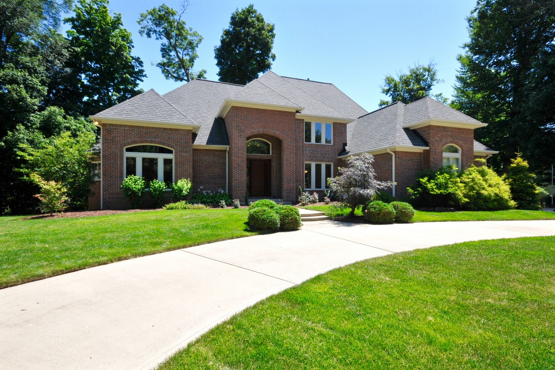 Single Family Home for Sale at Wooded Cul-De-Sac Location 12011 Woods Bay Court Carmel, Indiana 46033 United States