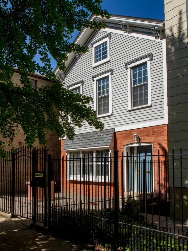 Maison unifamiliale pour l Vente à Old Town Home 1642 N Cleveland Avenue Near North Side, Chicago, Illinois 60614 États-Unis