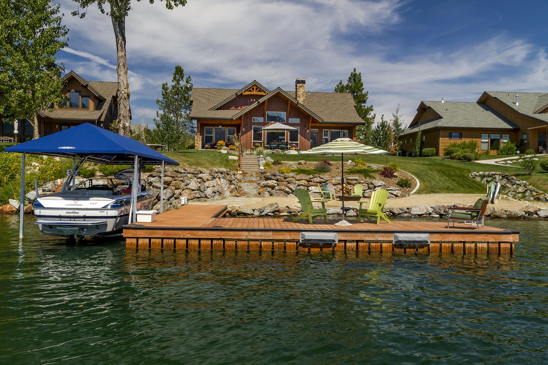 Nhà ở một gia đình vì Bán tại Waterfront Retreat 503 Lakeshore Avenue Dover, Idaho, 83825 Hoa Kỳ