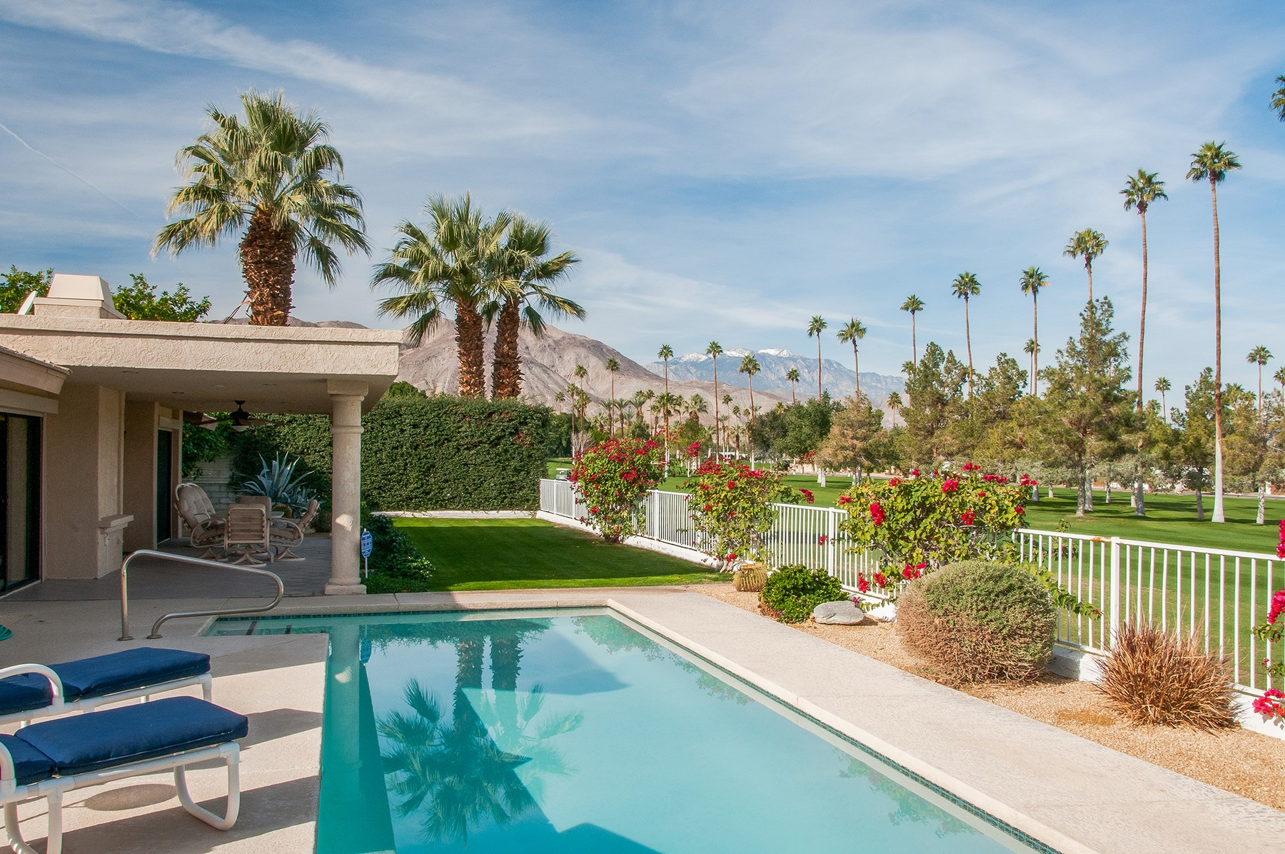 Single Family Home for Sale at 73900 Grapevine Street Palm Desert, California, 92260 United States