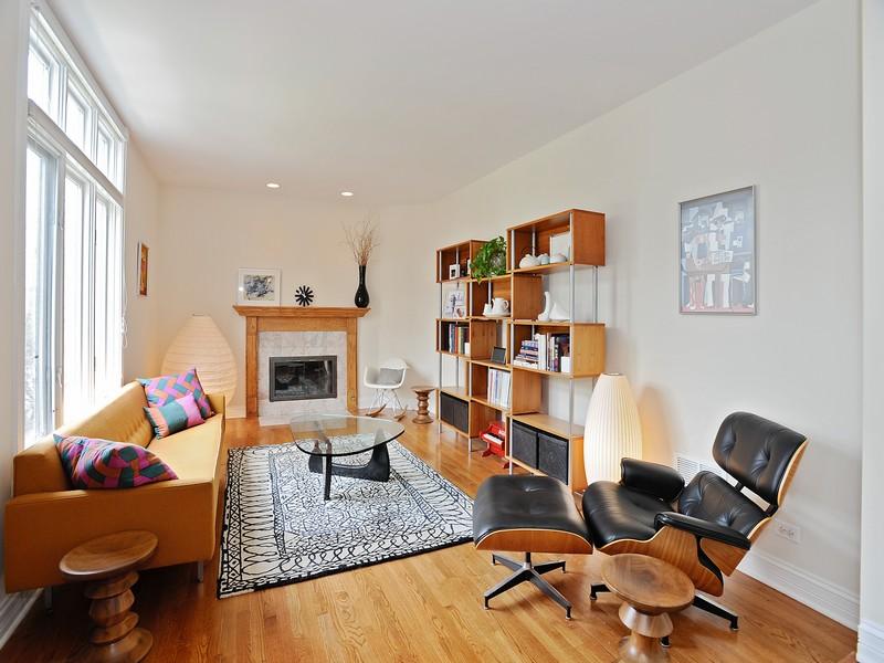 Moradia para Venda às Well Designed Brick Home 2047 N Honore Street Logan Square, Chicago, Illinois 60614 Estados Unidos