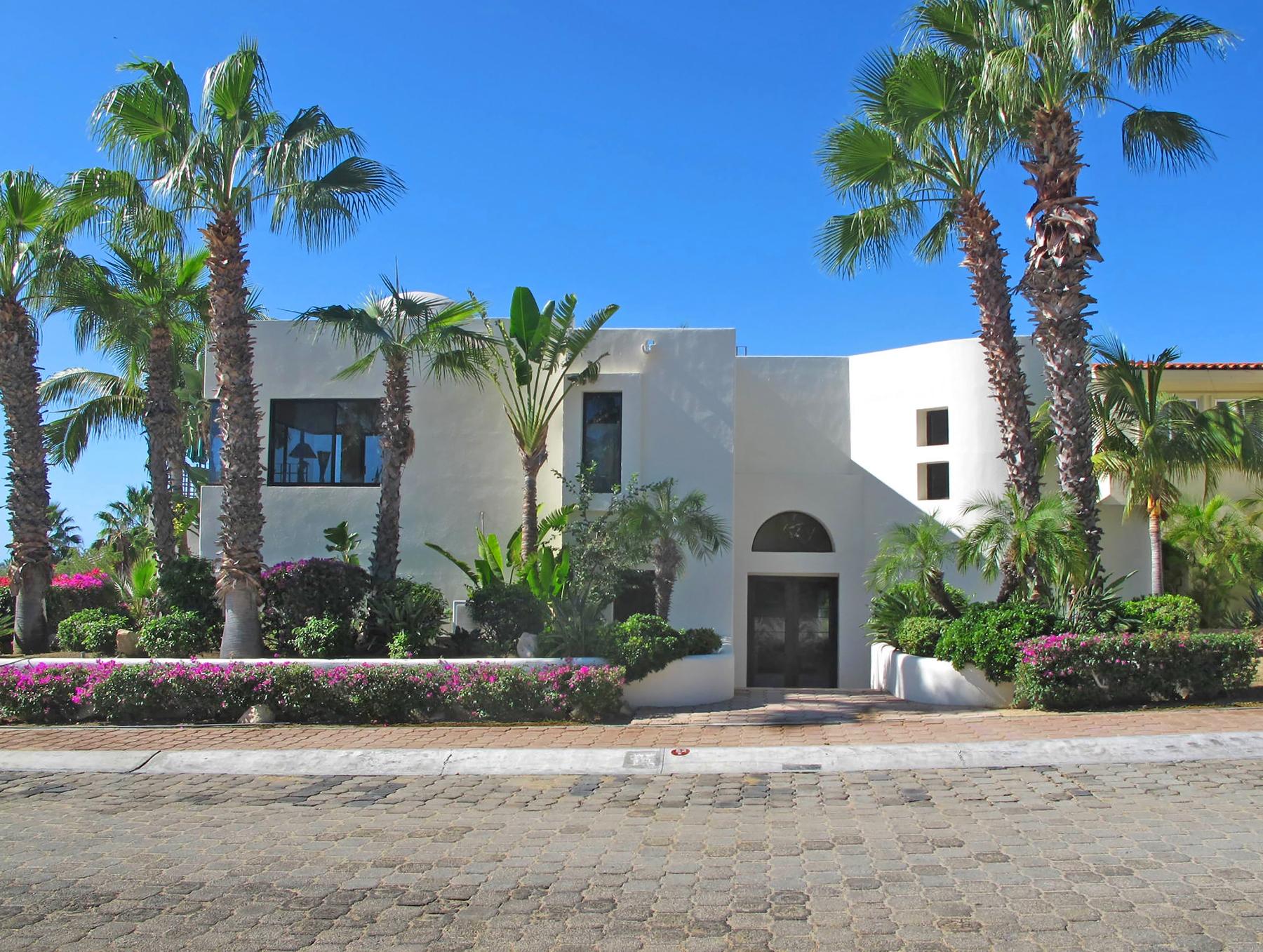 sales property at Casa Esquina