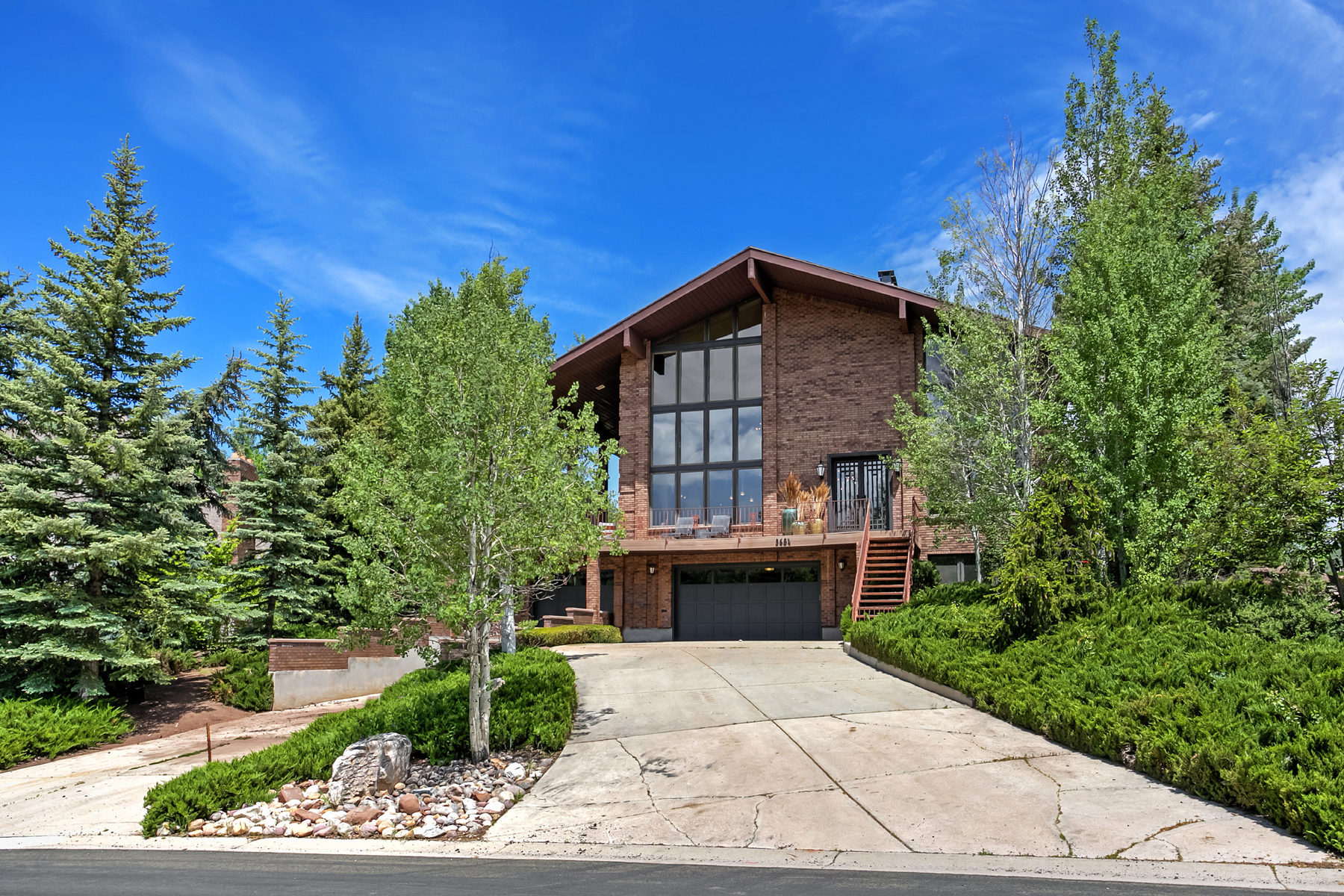 Single Family Home for Sale at Dramatic Home with Contemporary Updates 3684 Wrangler Way Park City, Utah, 84098 United States