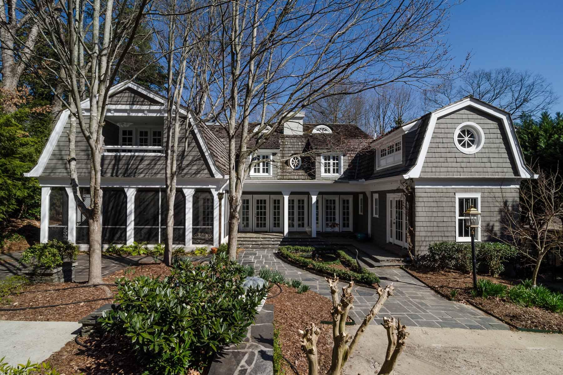 Nhà ở một gia đình vì Bán tại Sophisticated Hilltop Dutch Colonial 3200 W Andrews Drive NW Buckhead, Atlanta, Georgia 30305 Hoa Kỳ