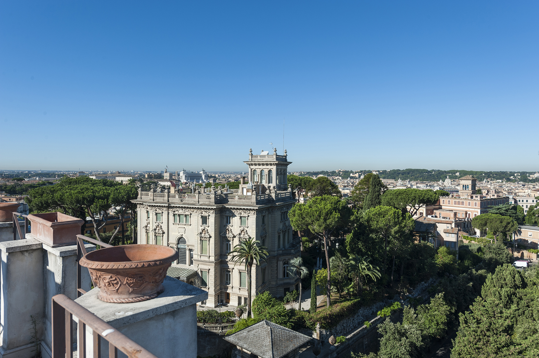 Căn hộ vì Bán tại Stunning penthouse with 360 ° view of the eternal city Rome, Rome, Ý