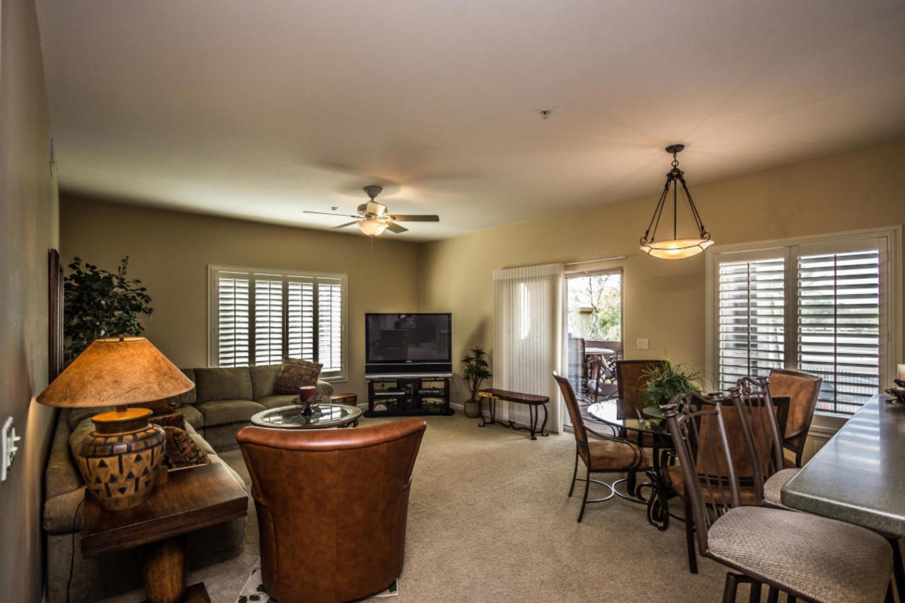 Nhà chung cư vì Bán tại Beautiful Condo Located In Resort Style Community Of Bella Vista 14000 N 94th Street #2129 Scottsdale, Arizona 85260 Hoa Kỳ