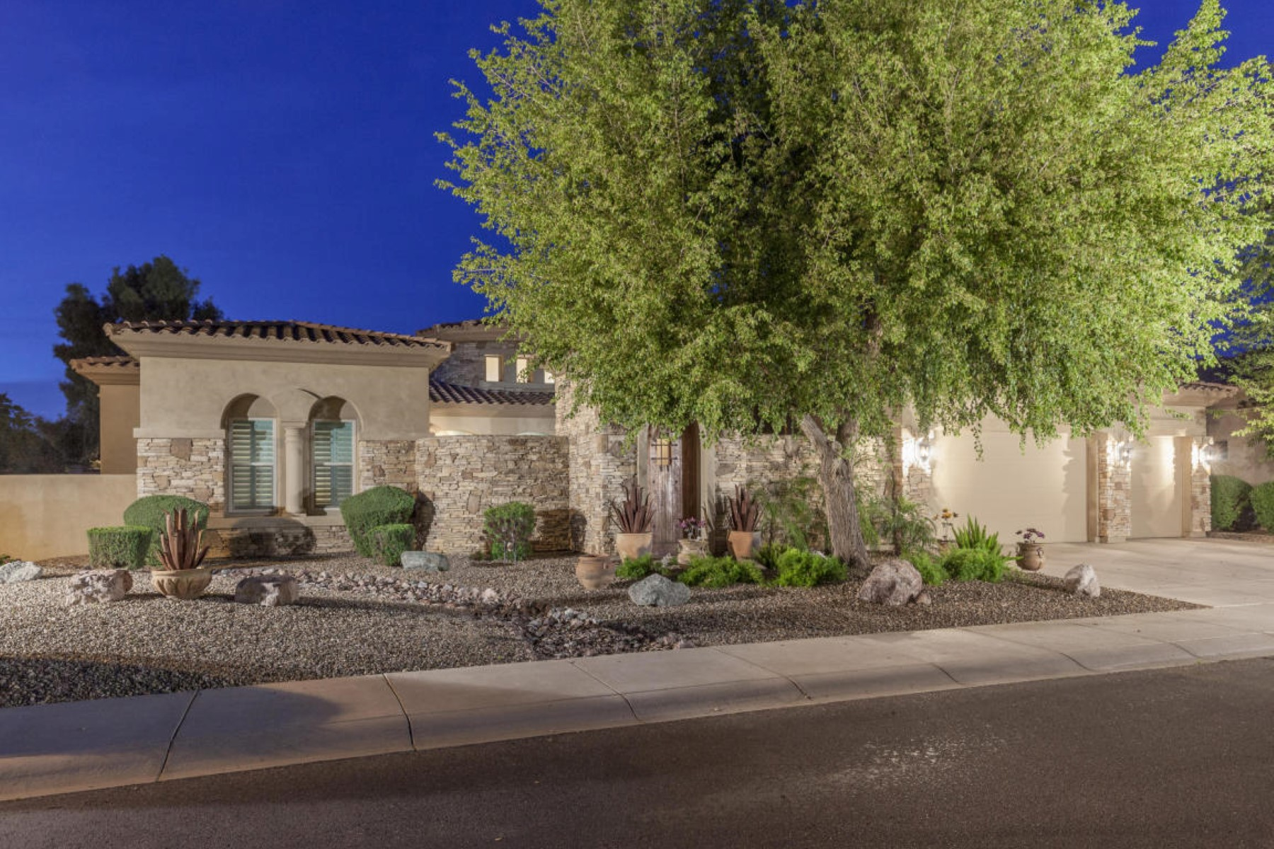 rentals property at Magnificent Home In Paso Fino Estates In The Cactus Corridor