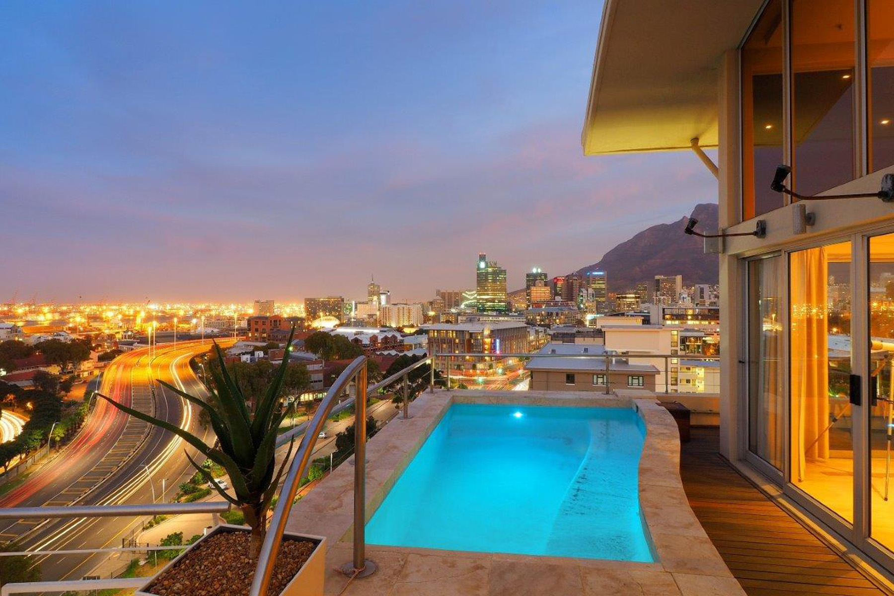 Single Family Home for Sale at Green Point Cape Town, Western Cape, 8005 South Africa