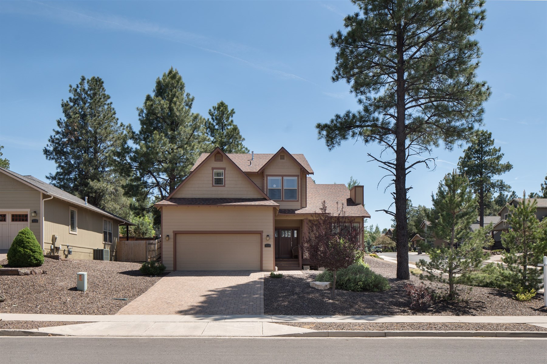 Single Family Home for Sale at Charming home in the Summit at Ponderosa Trails 318 W Beryl Rd Flagstaff, Arizona, 86005 United States